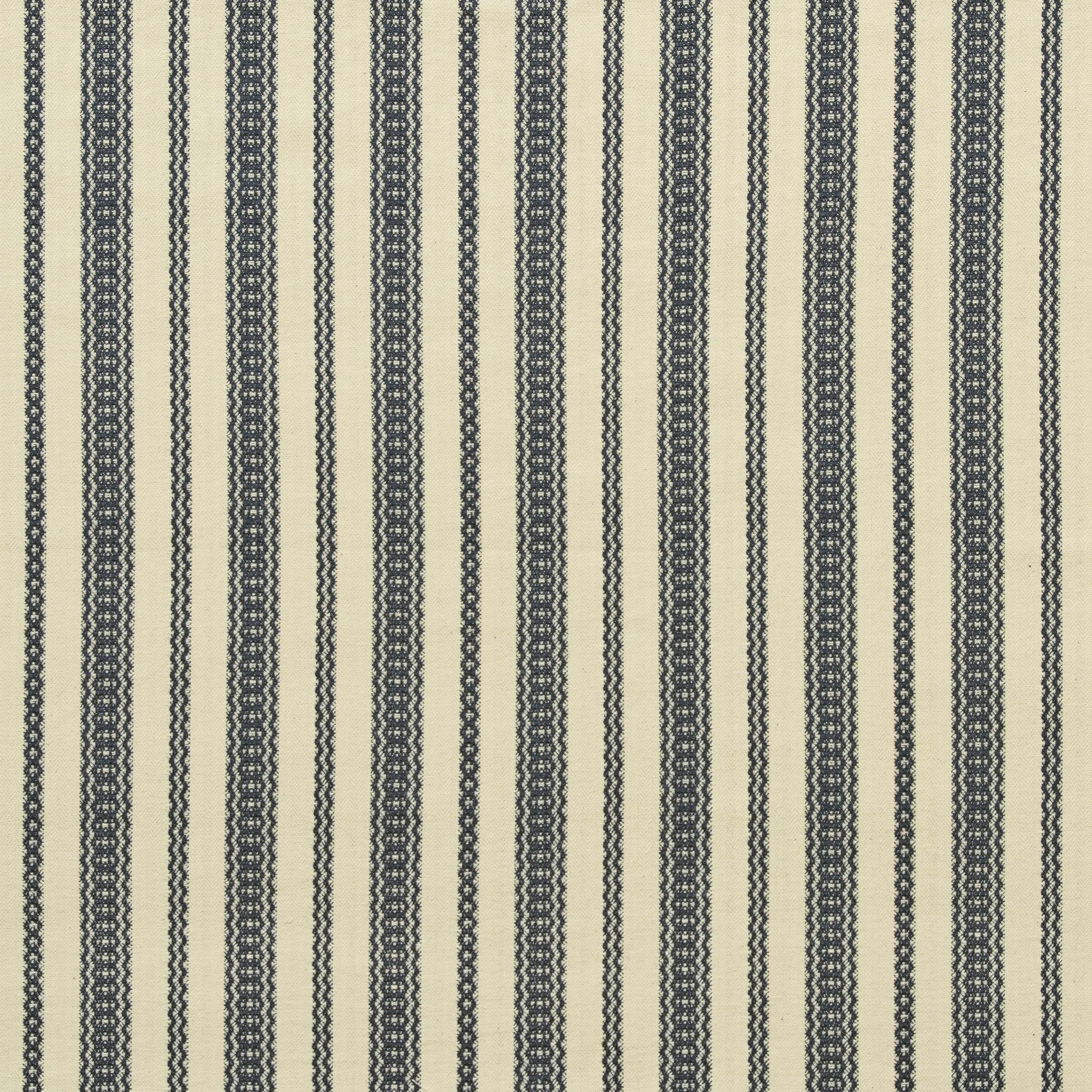 <p><strong>PAYSON</strong>navy 1713-07<a href=/the-brooke-collection/navy-1713-07>More →</a></p>