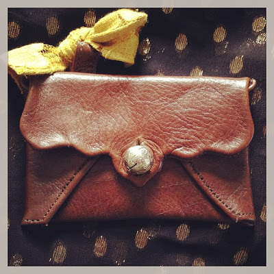 Savannah,GA: Well-Loved's upcoming Classic Collection: New Cardholder size in Rustic Brown