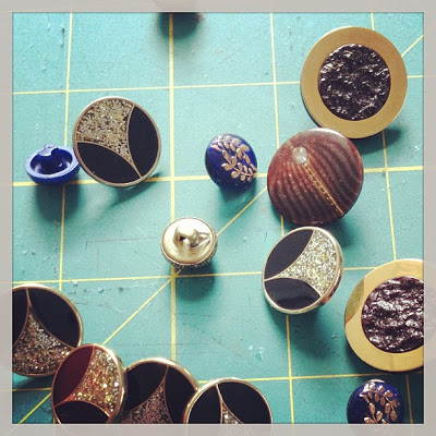 Savannah,GA: Well-Loved's upcoming Classic Collection:Beautifulbuttons