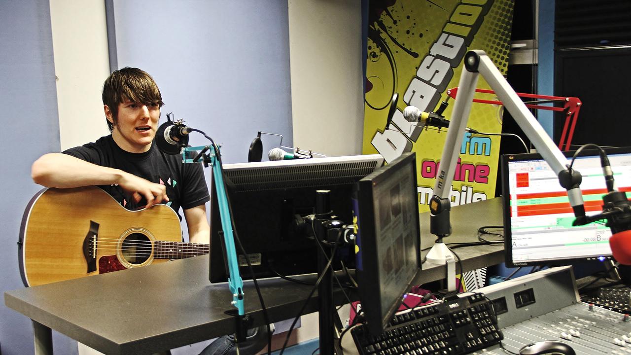 BLAST 106FM