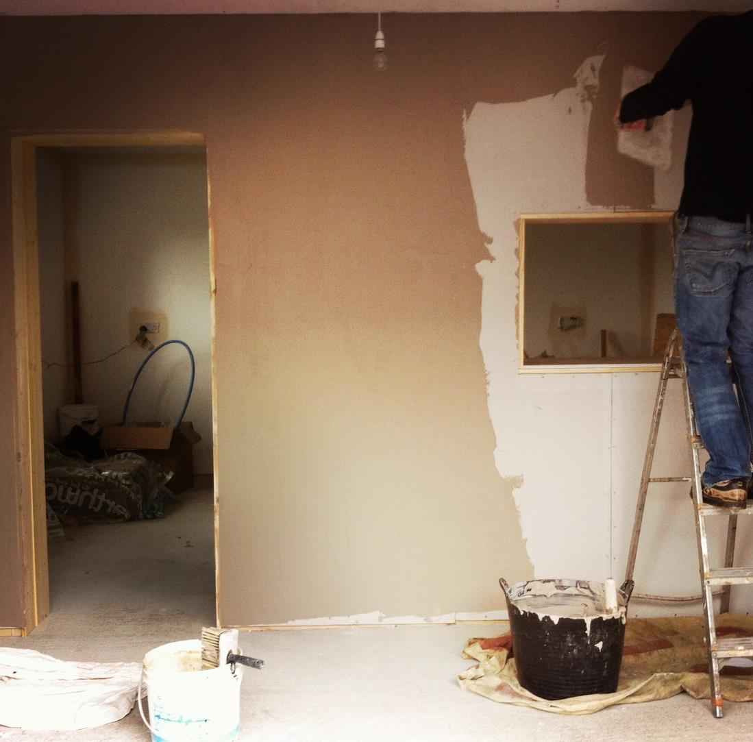 Graeme the shy plasterer
