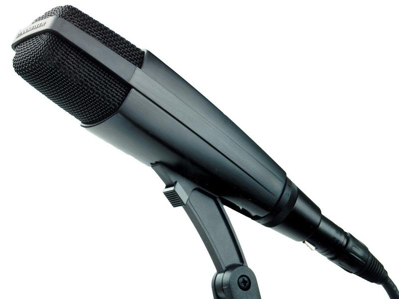 Senn  heiser MD 421-II   Large Diaphragm Cardioid Dynamic Microphone