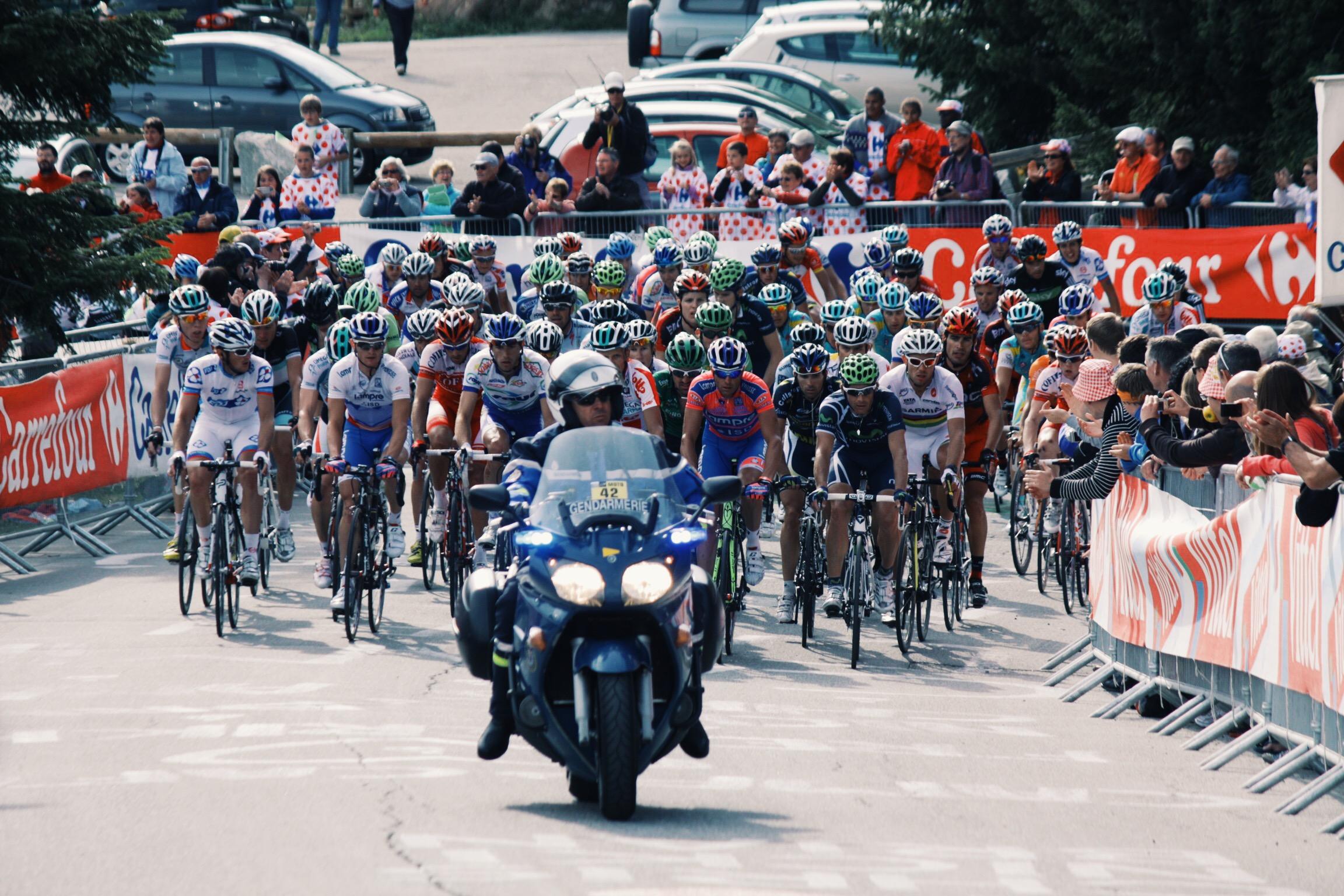 """Tour De France """"gruppetto"""" Alpe D'Huez"""