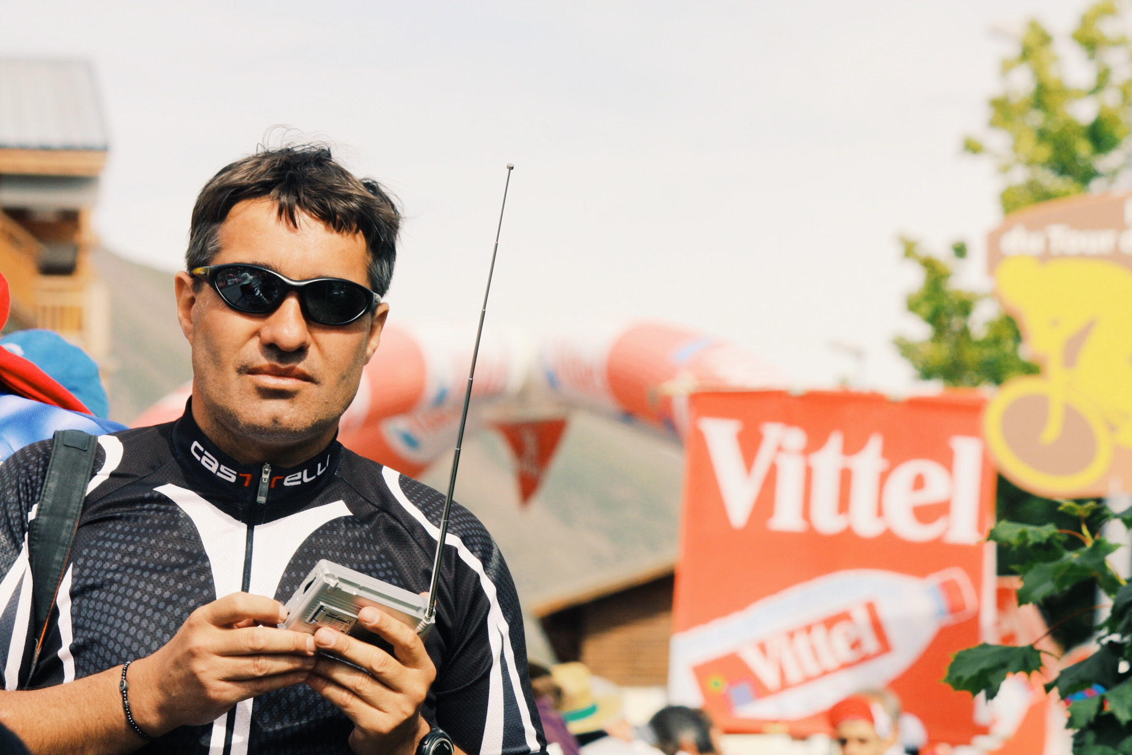 Tuning to Radio Tour at the Alpe D'Huez