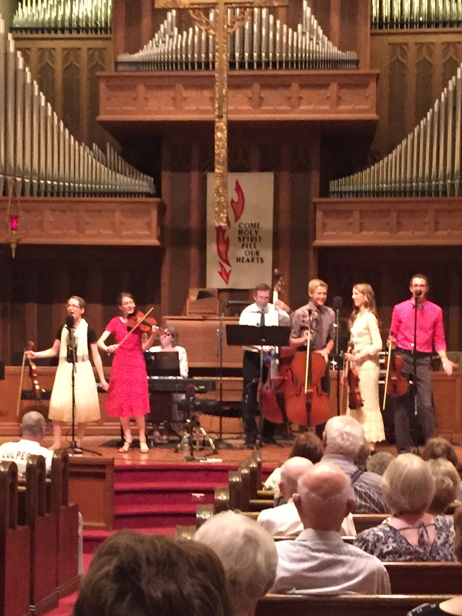 The audience was so receptive - it was a delight to play! Special thanks to Jane for snapping these pictures.