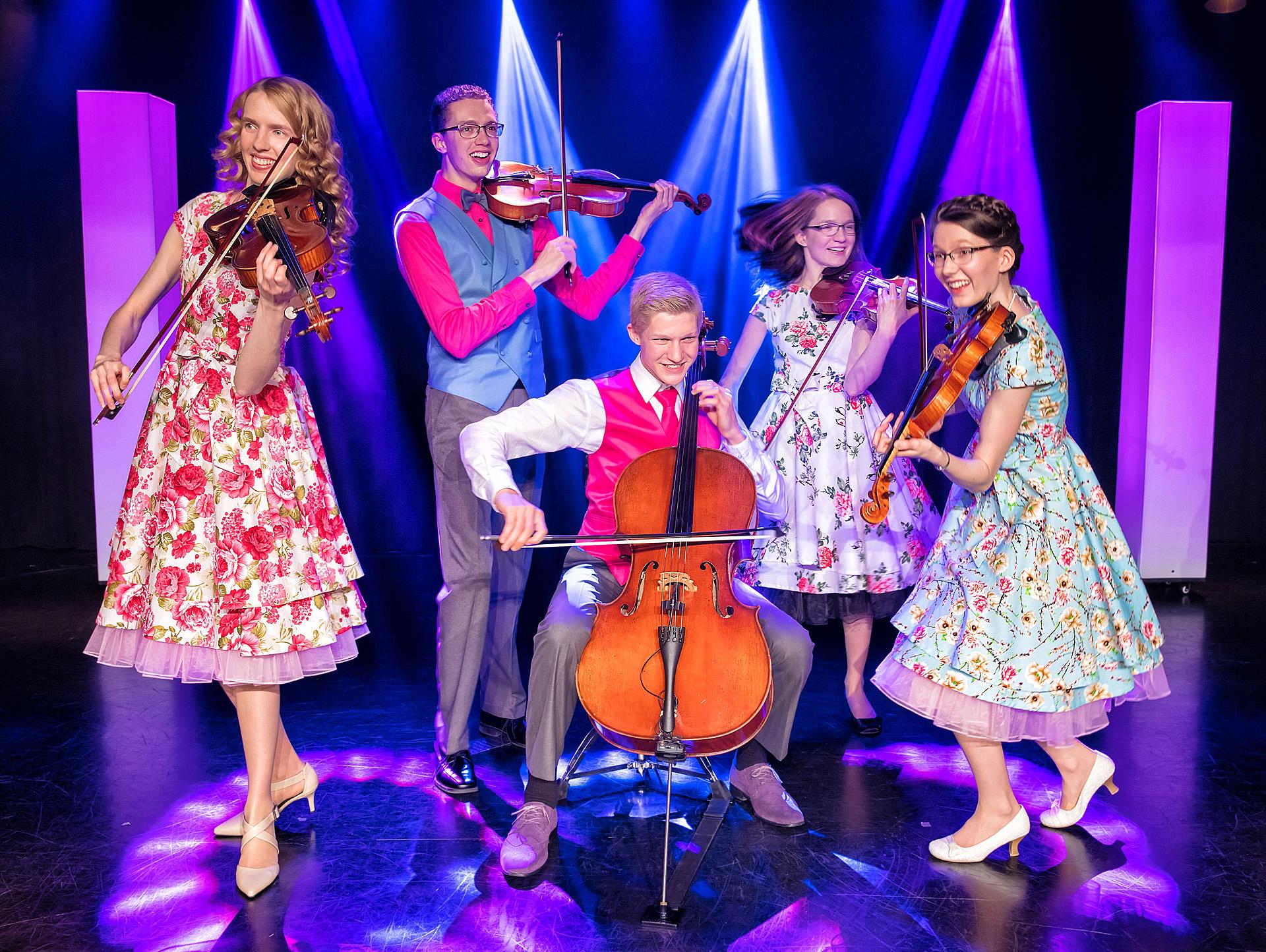 The Johnson Strings show Branson MO (3).jpg