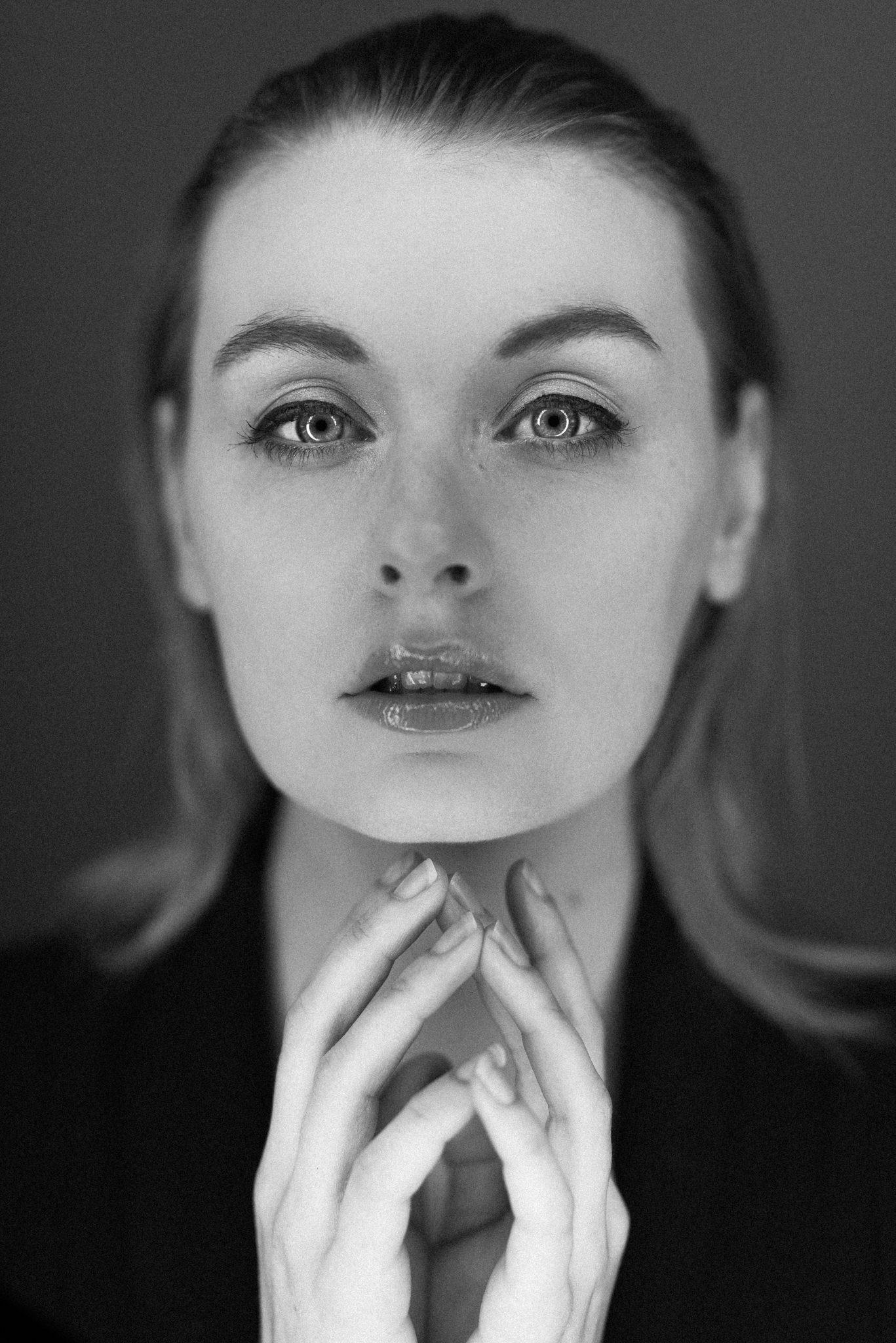 HollyAlexander-Studio-20170518-0251-Kris-Askey.jpg