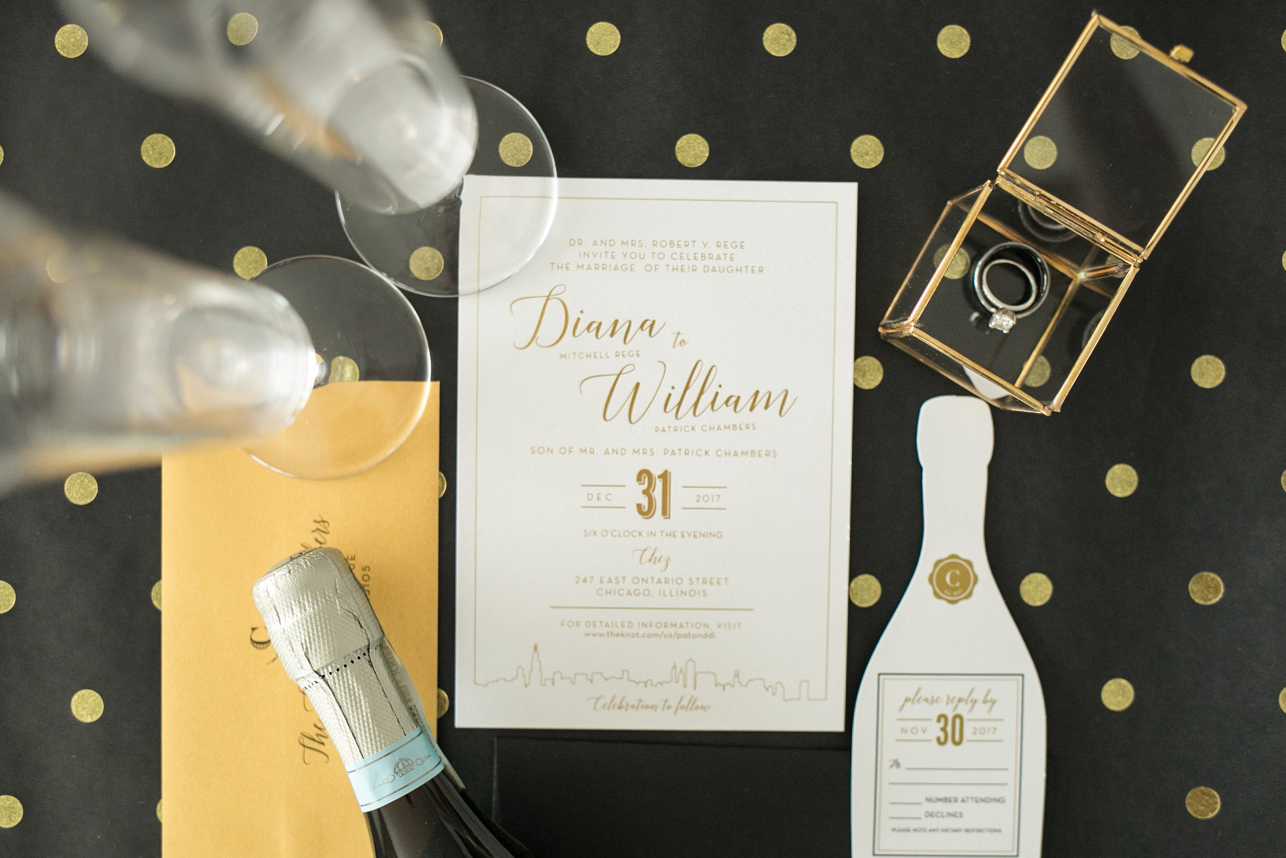 White and Gold Wedding Color Wedding Invitations Photos by Chelsea Bolling Minneapolis MN