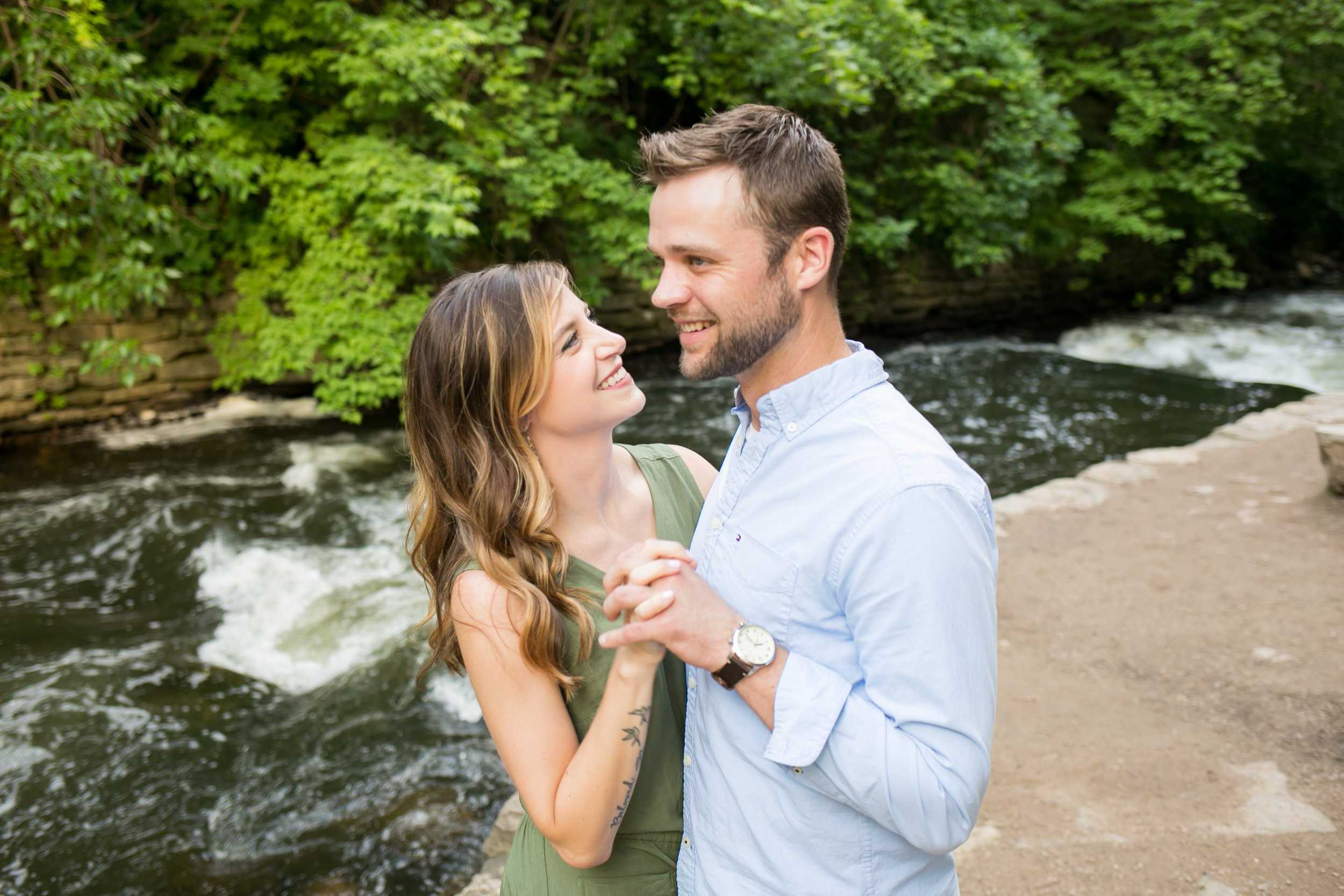 minneapolis wedding photographer chelsea bolling
