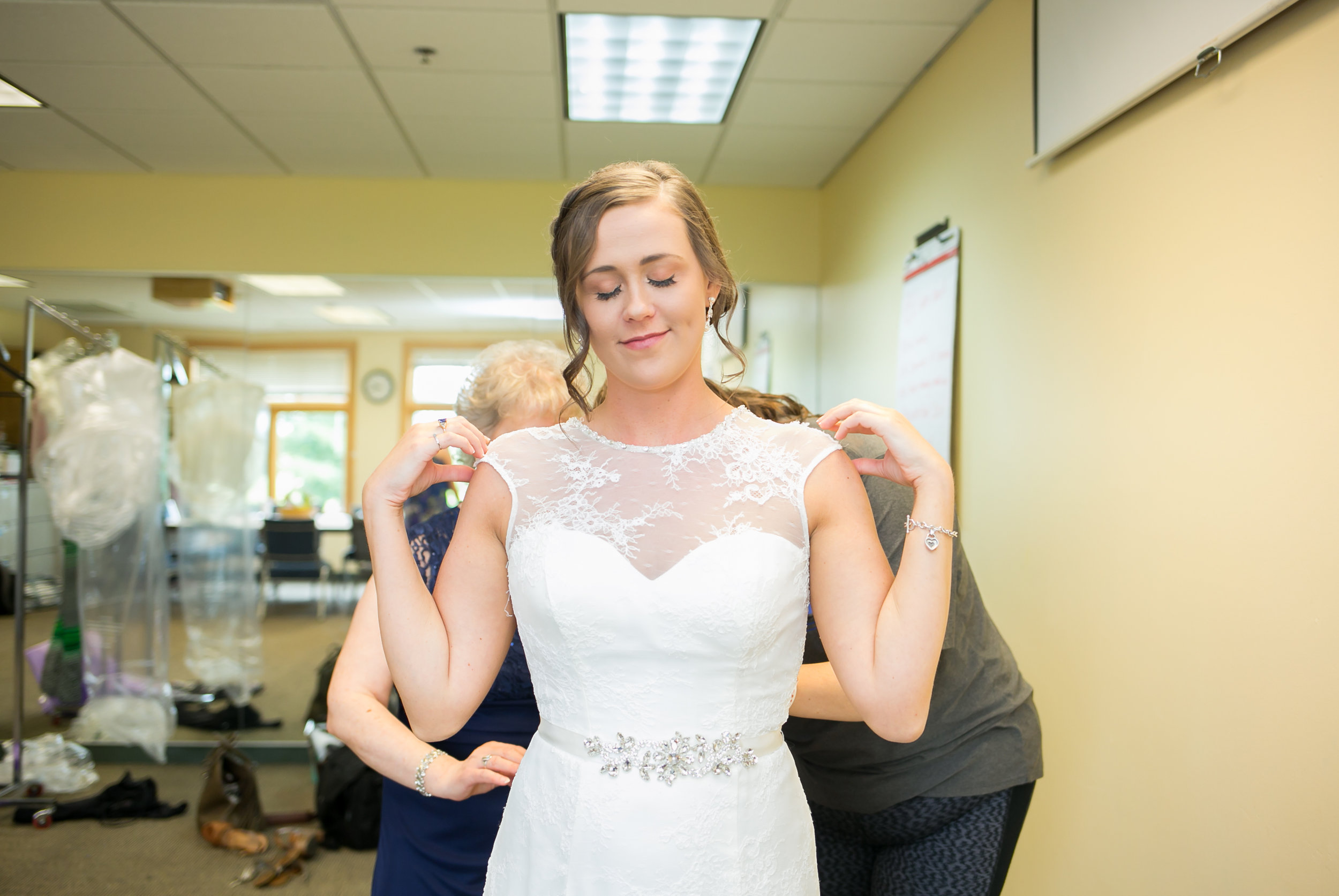 Minneapolis Wedding Photographers (18 of 59).jpg