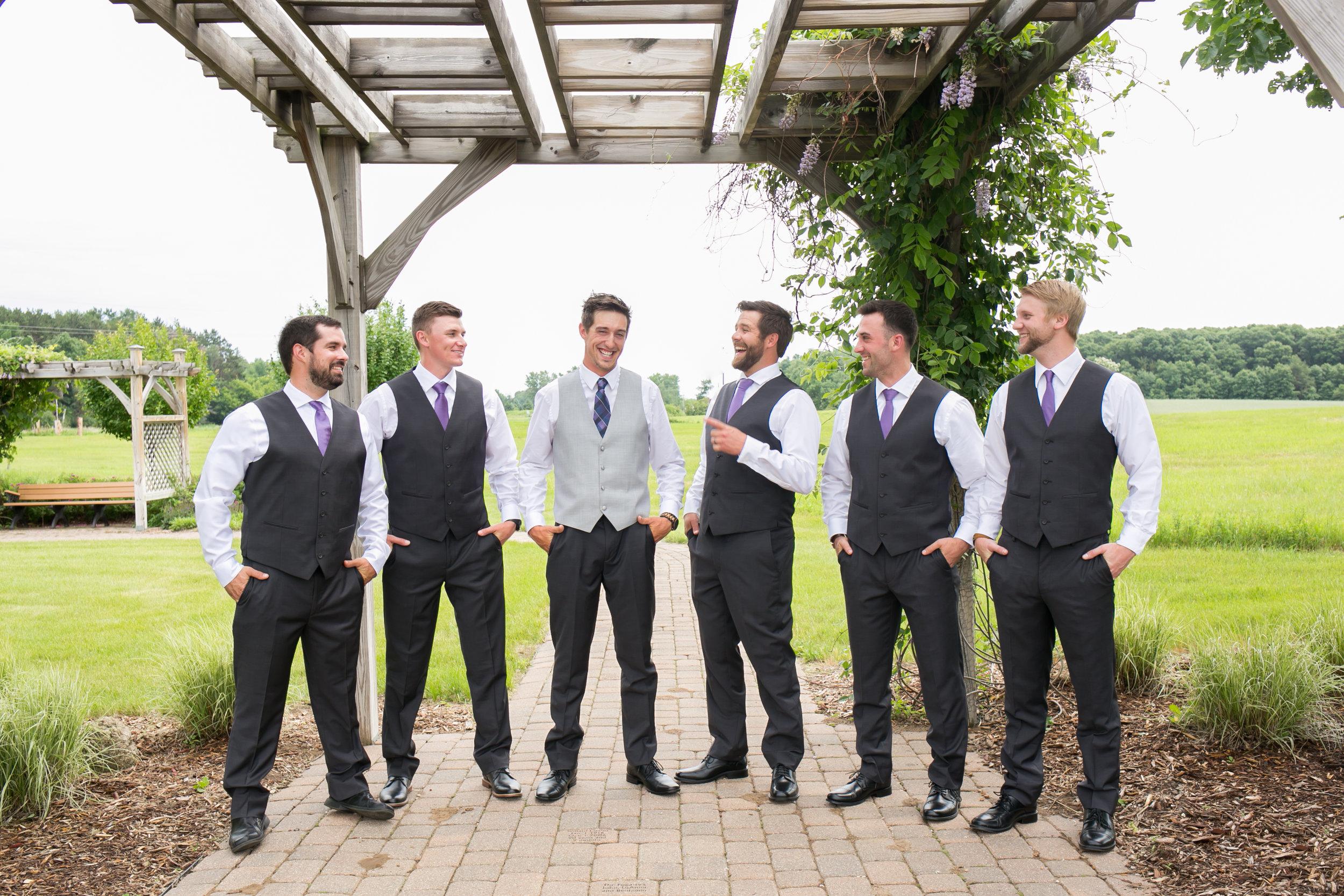Minneapolis Wedding Photographers (25 of 59).jpg