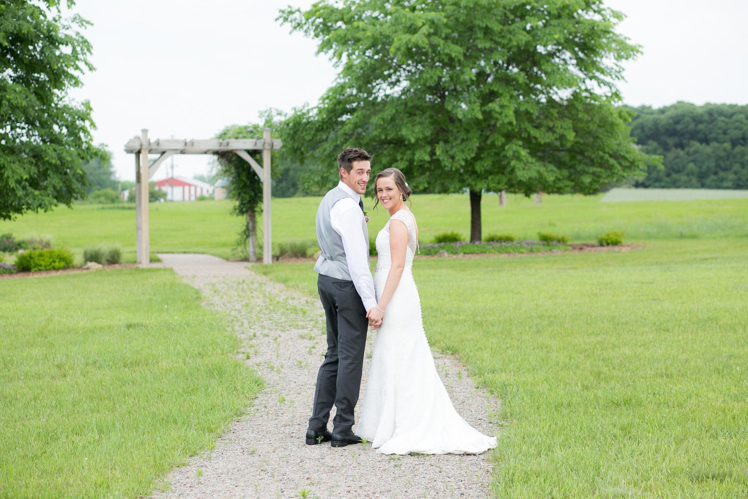 Minneapolis Wedding Photographers (31 of 59).jpg