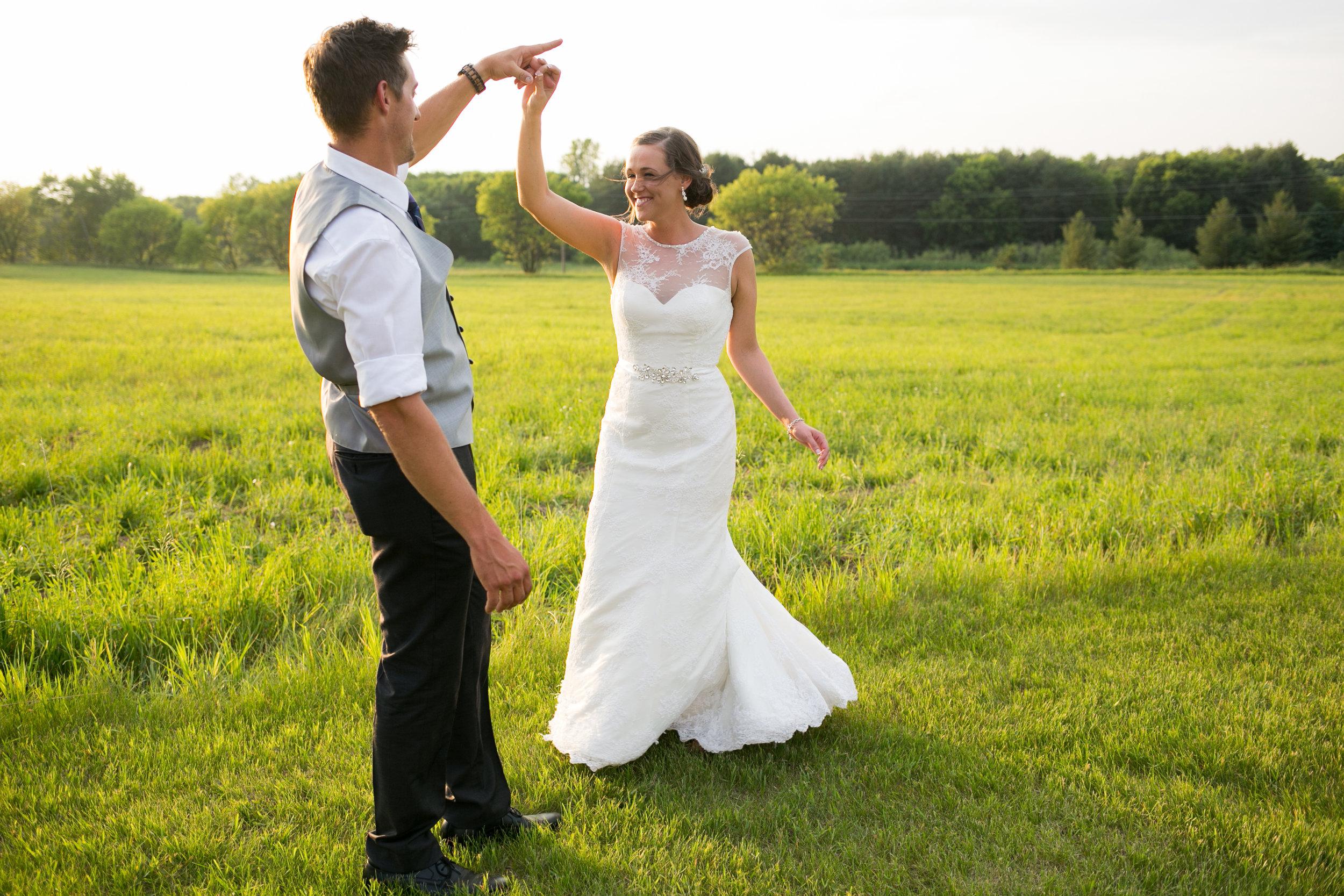 Minneapolis Wedding Photographers (50 of 59).jpg