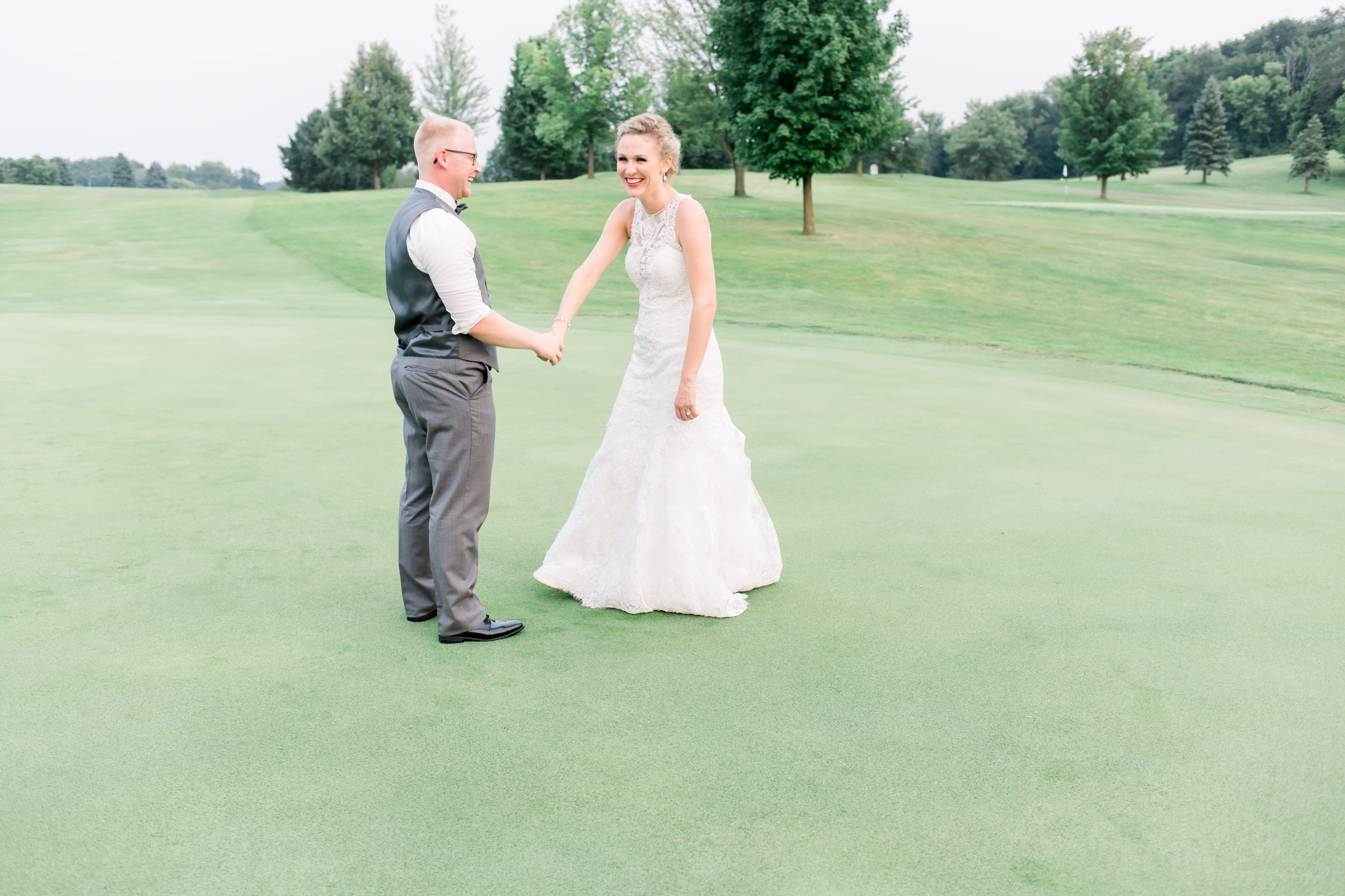 Creeksbend Golf Course Wedding Minneapolis (29 of 29).jpg
