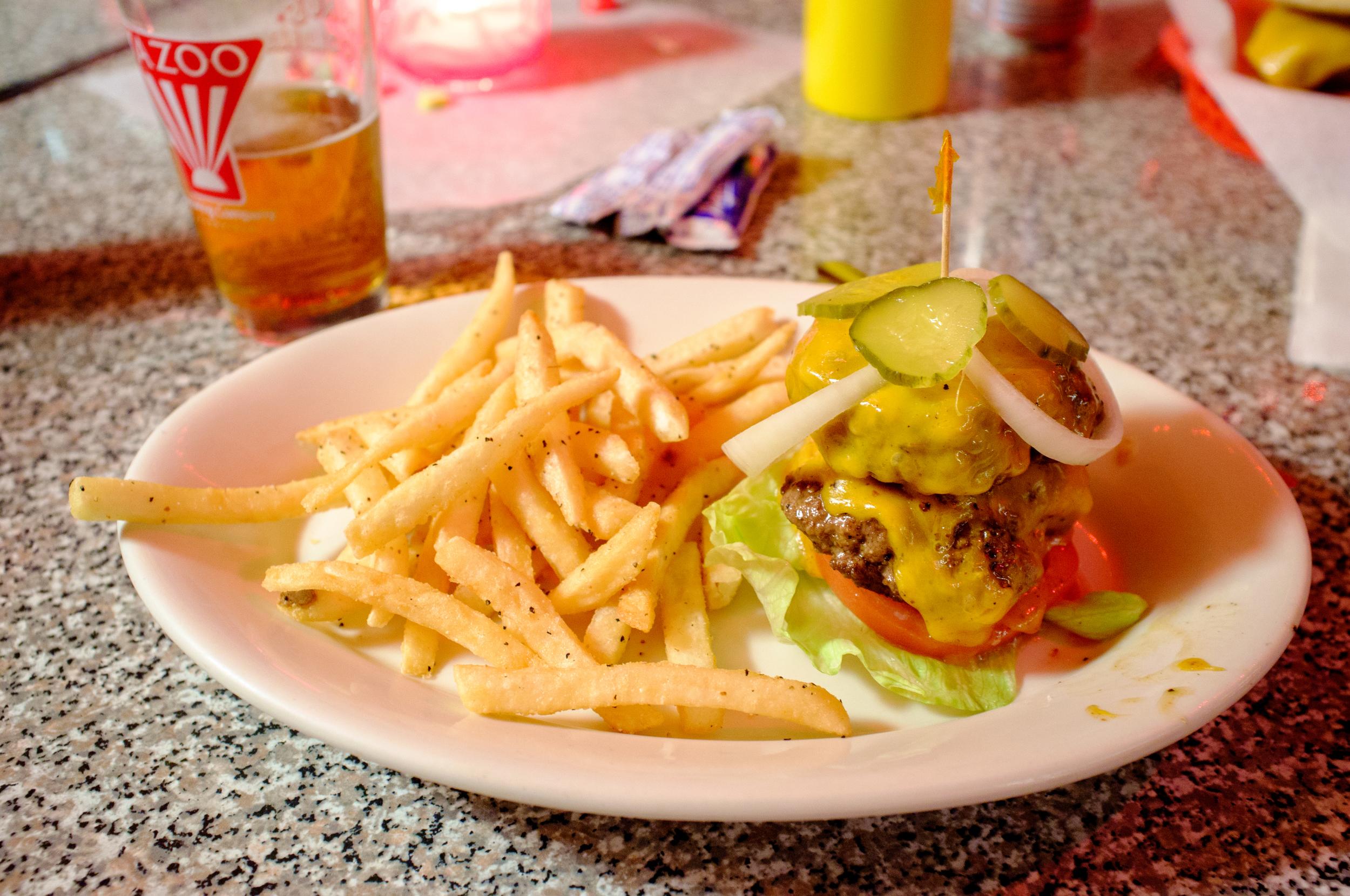 Burger at Dino's