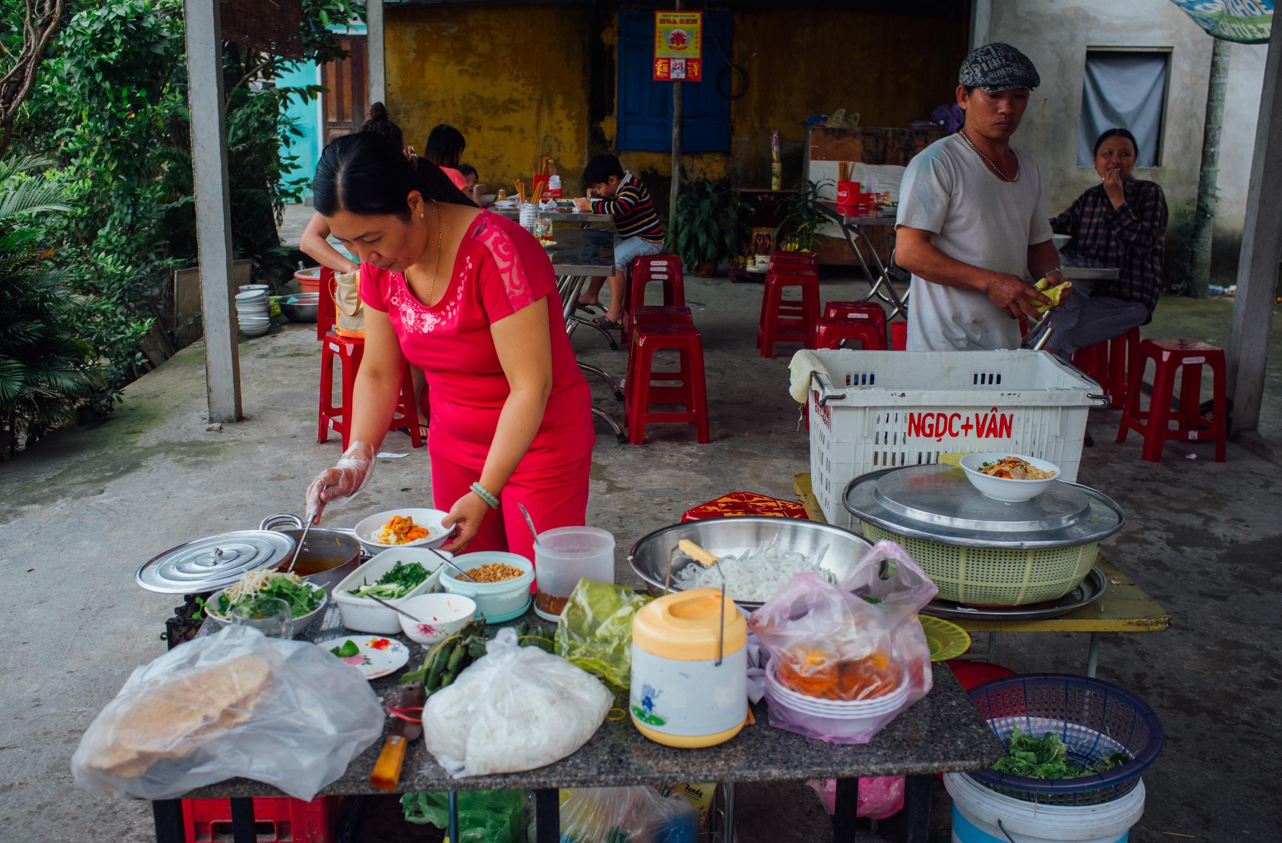 Mì Quảng  mise en place