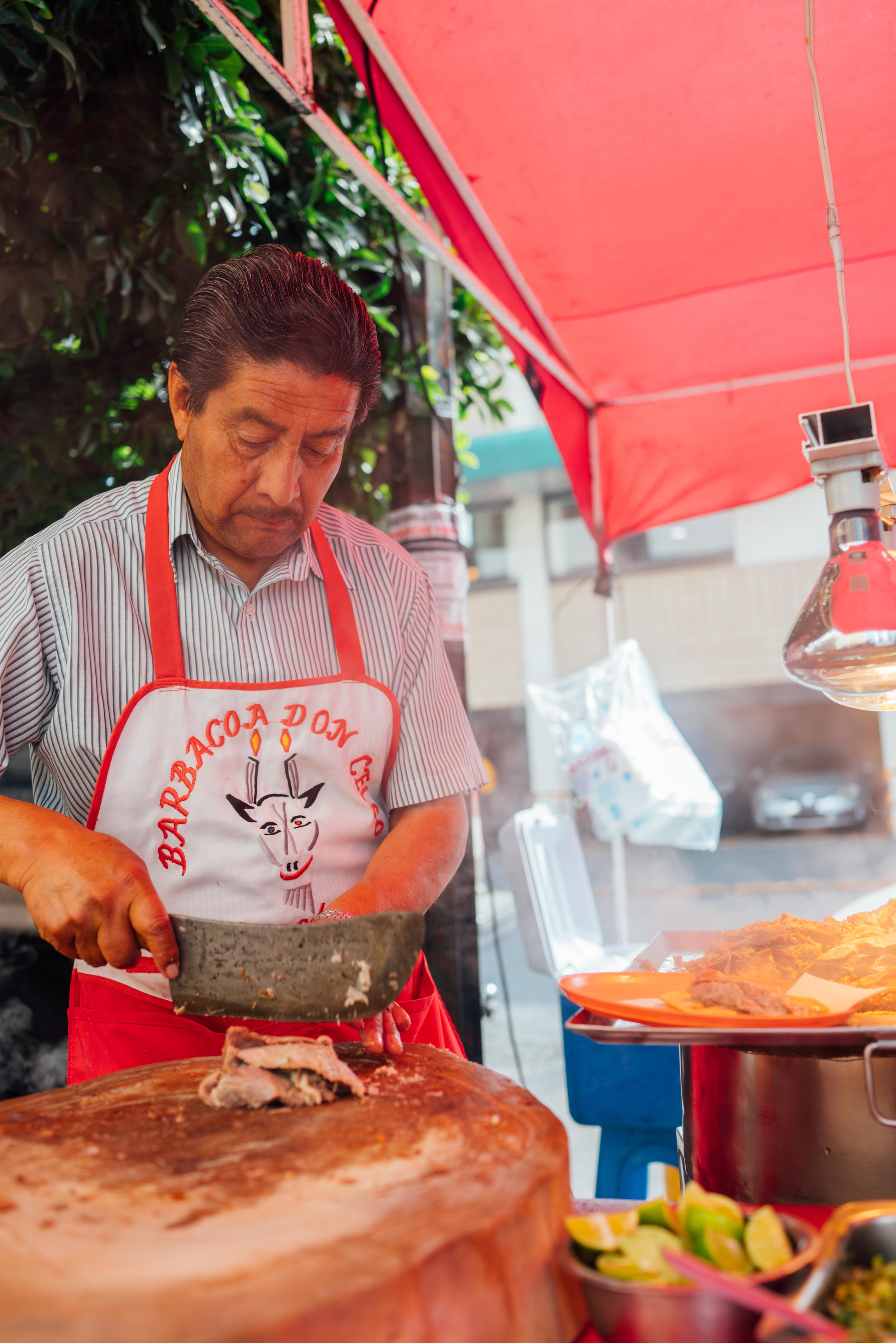 Preparing barbacoa