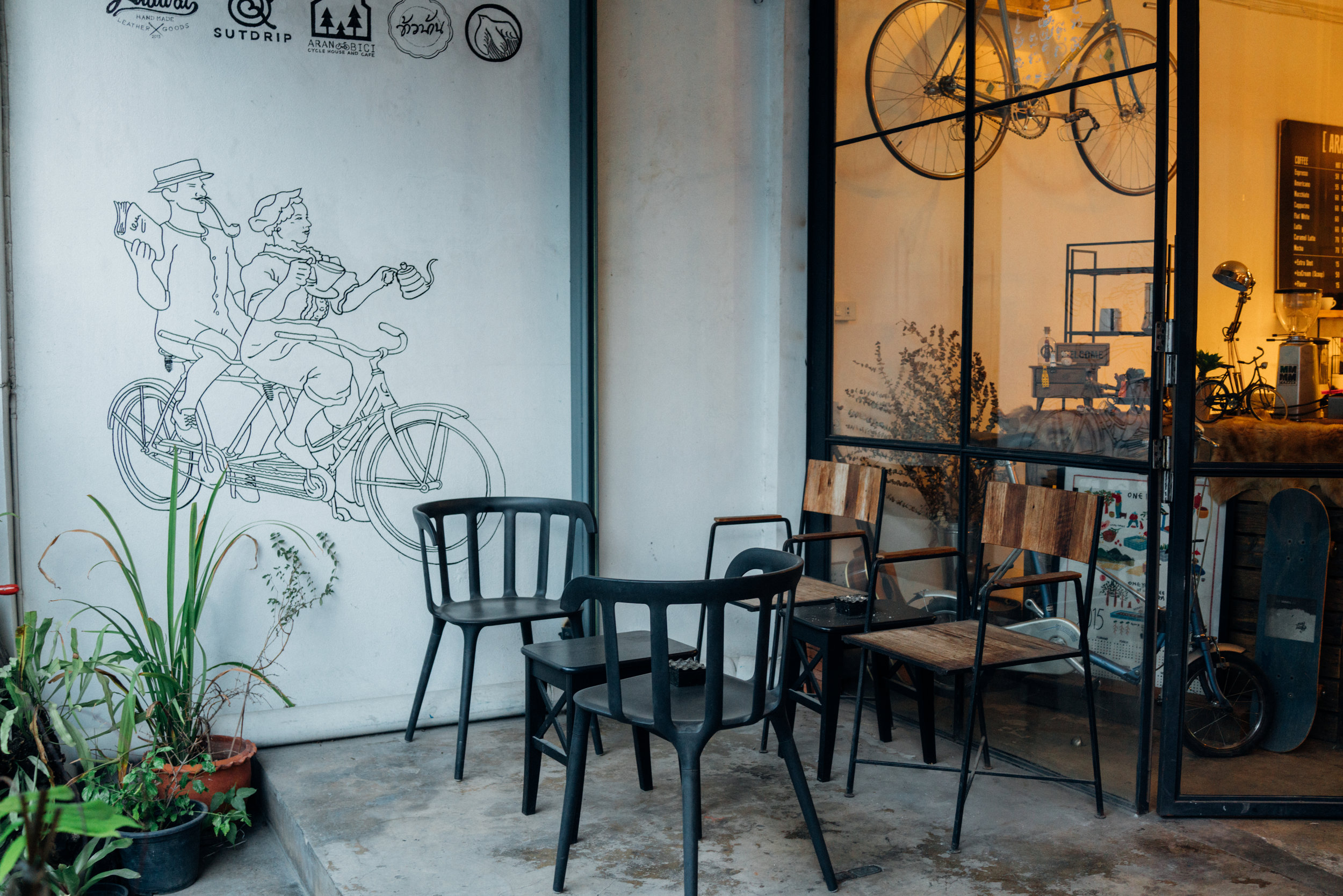 The front porch of Aran Bicicletta in Bangkok
