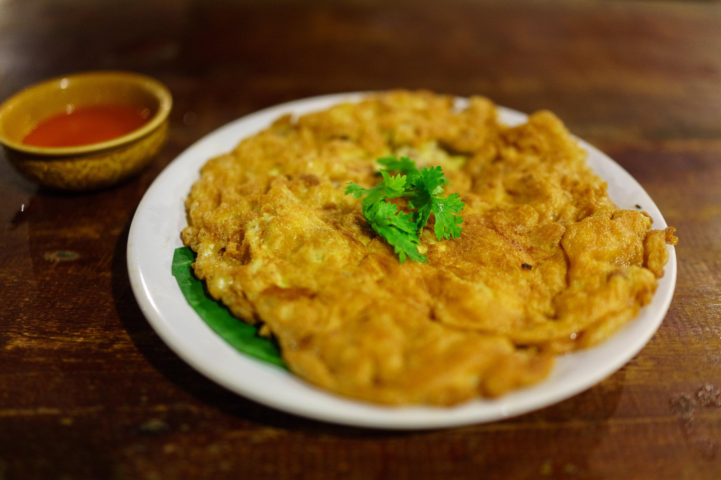 Fluffy Thai pork omelet