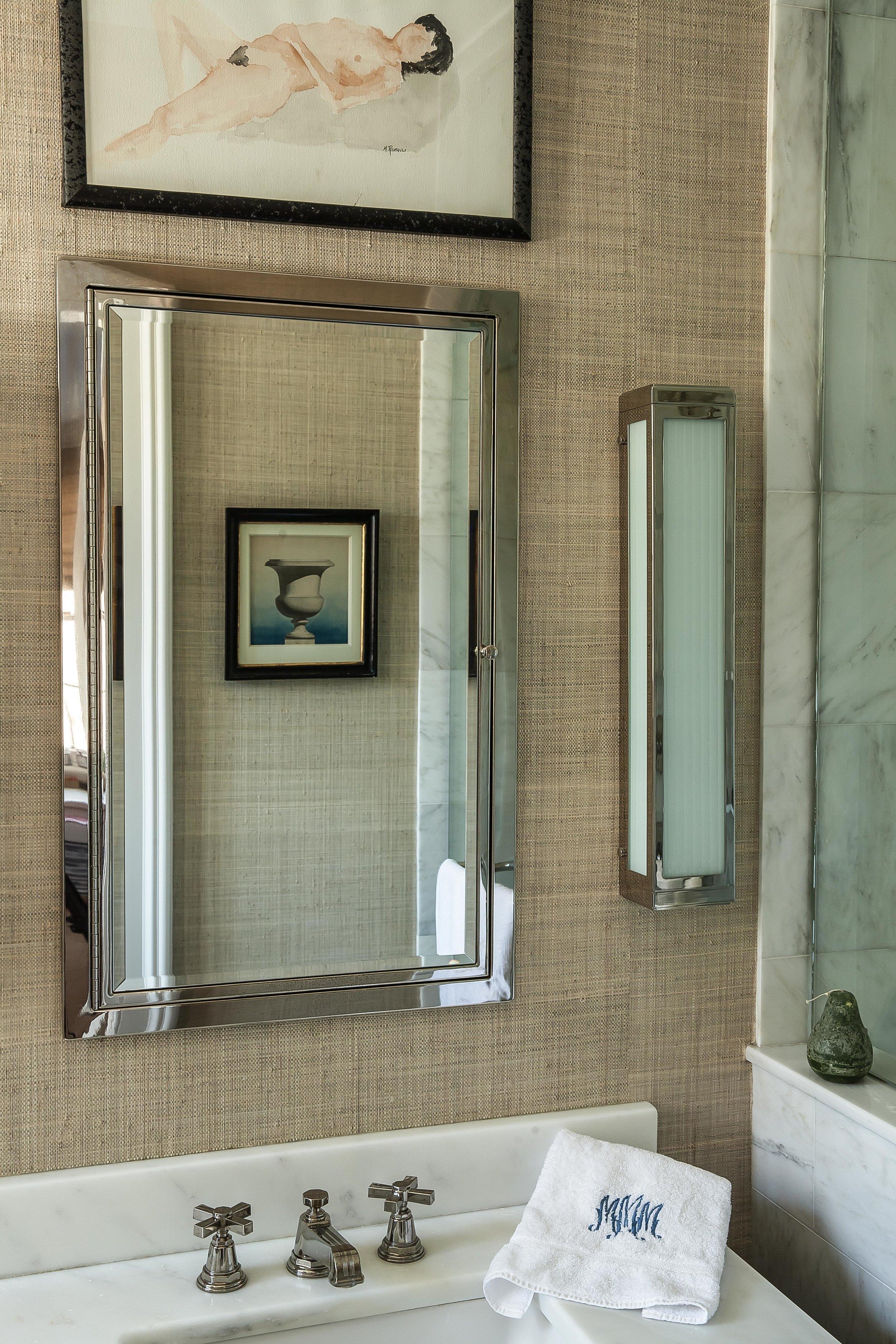 Bath.mirror.jpg