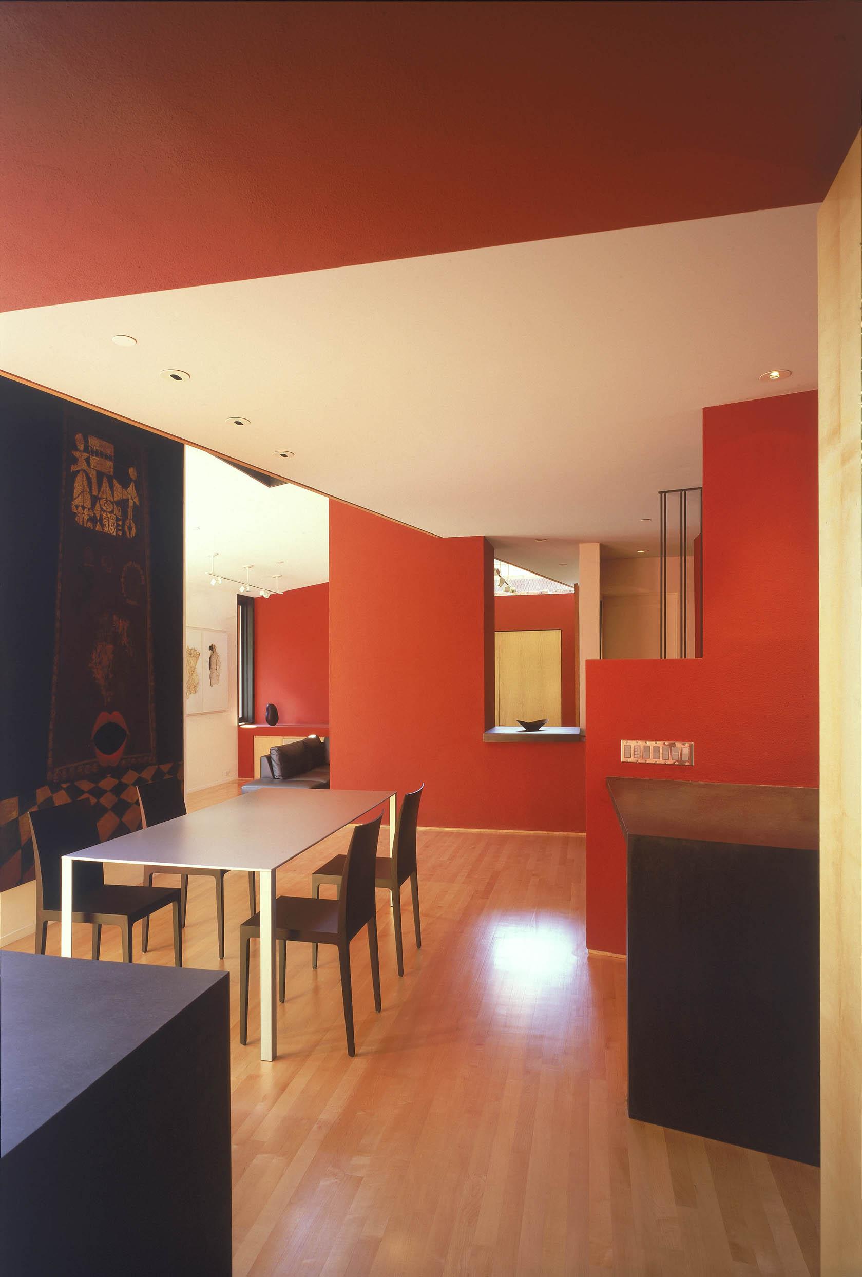 15 Indoor_05 small.jpg