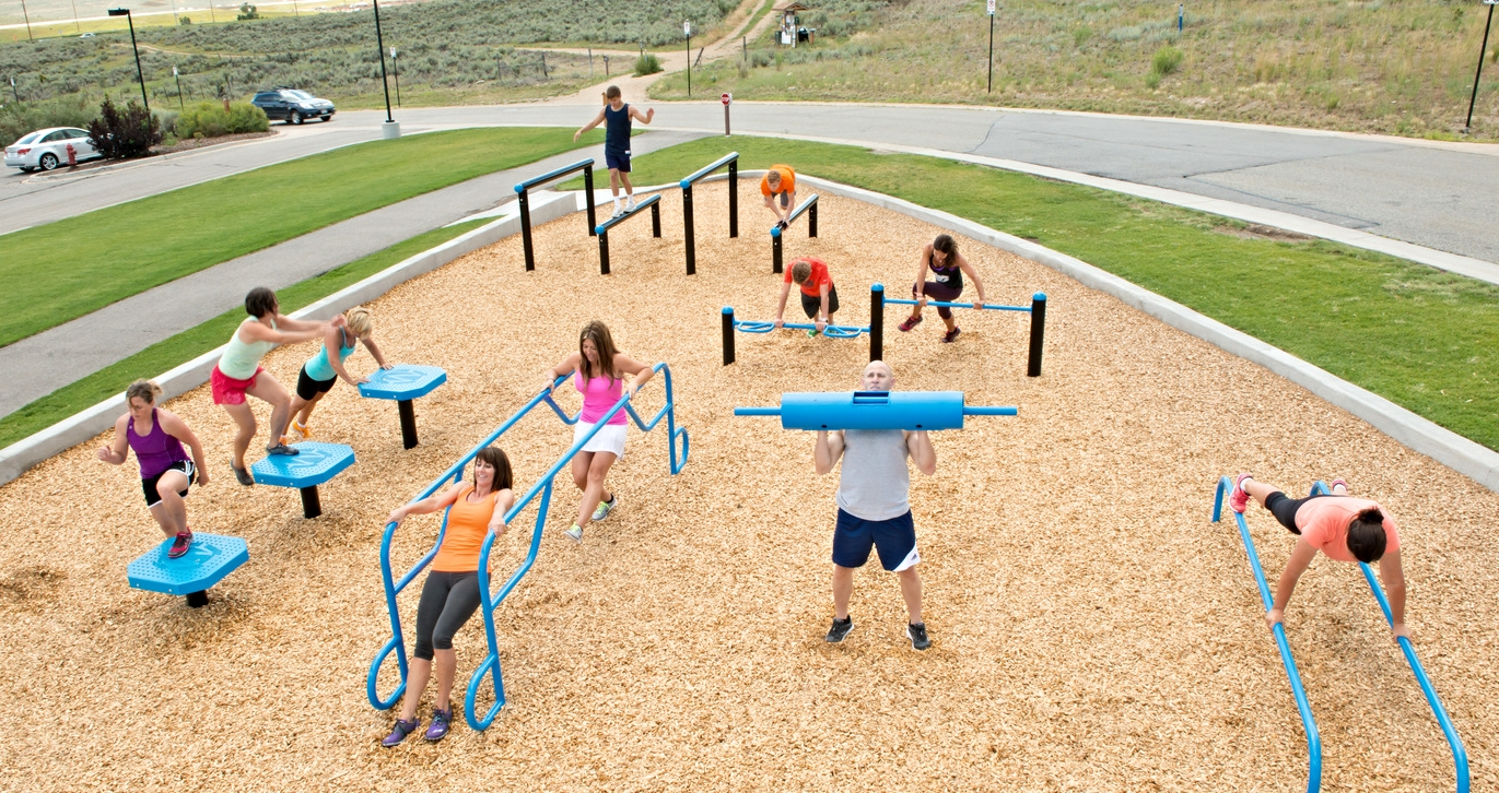 For all fitness levels! Great for group fitness classes, team workouts, Obstacle course training