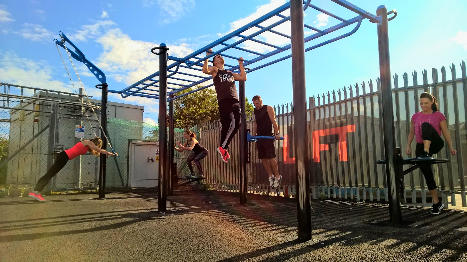 MoveStrong T-Rex Outdoor Fitness station