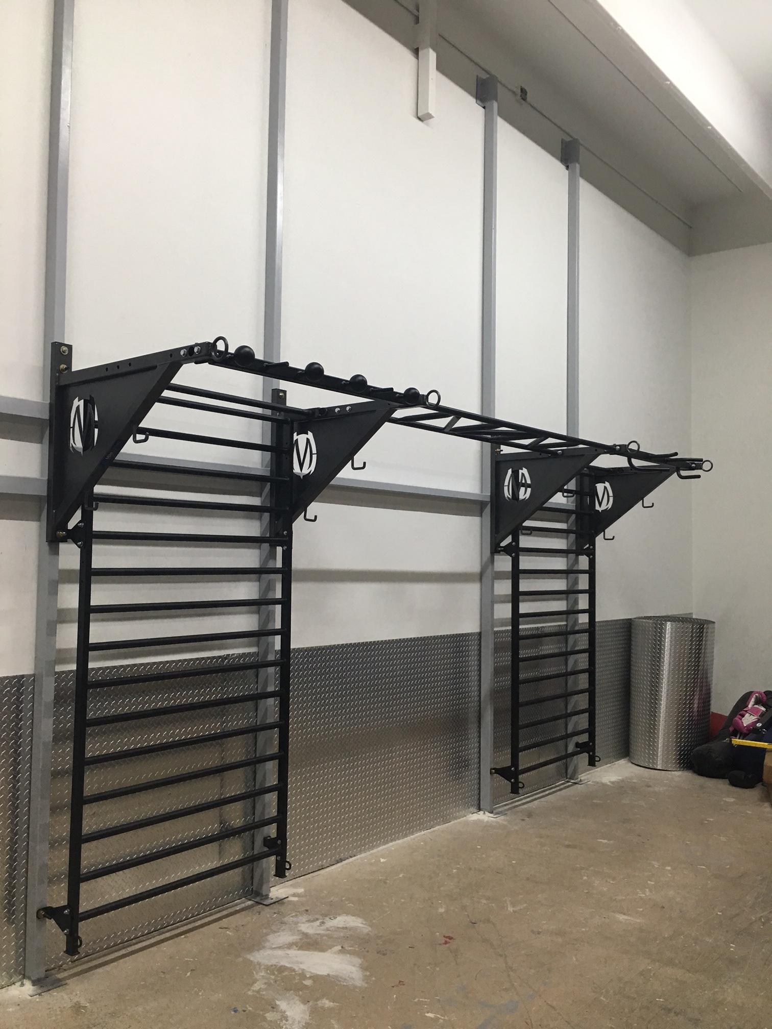 Boca Raton GYm_pull-up bracket system Stall bars-all Black.JPG