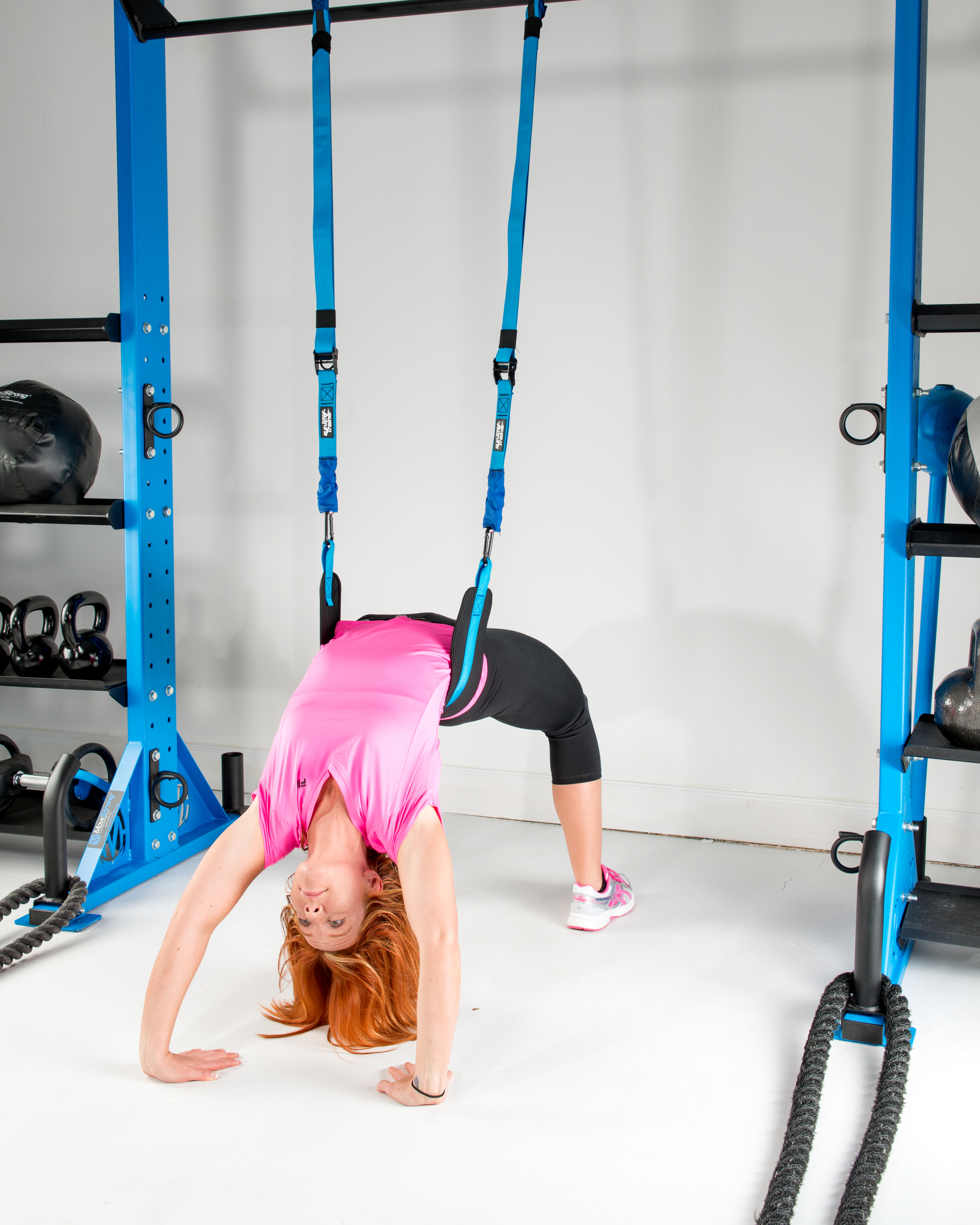 Suspension belt back bend