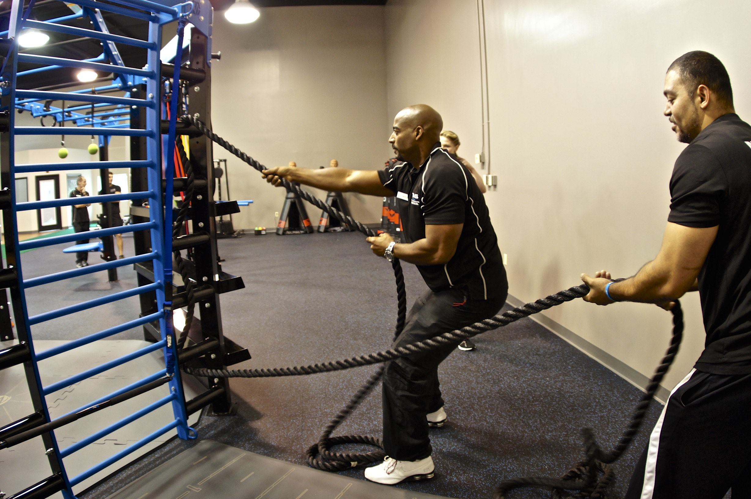 Battle training ropes used on rope ladder