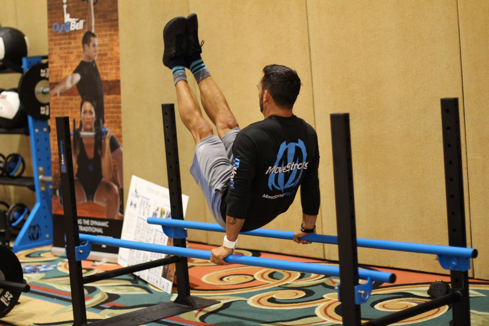 parallel bar v up