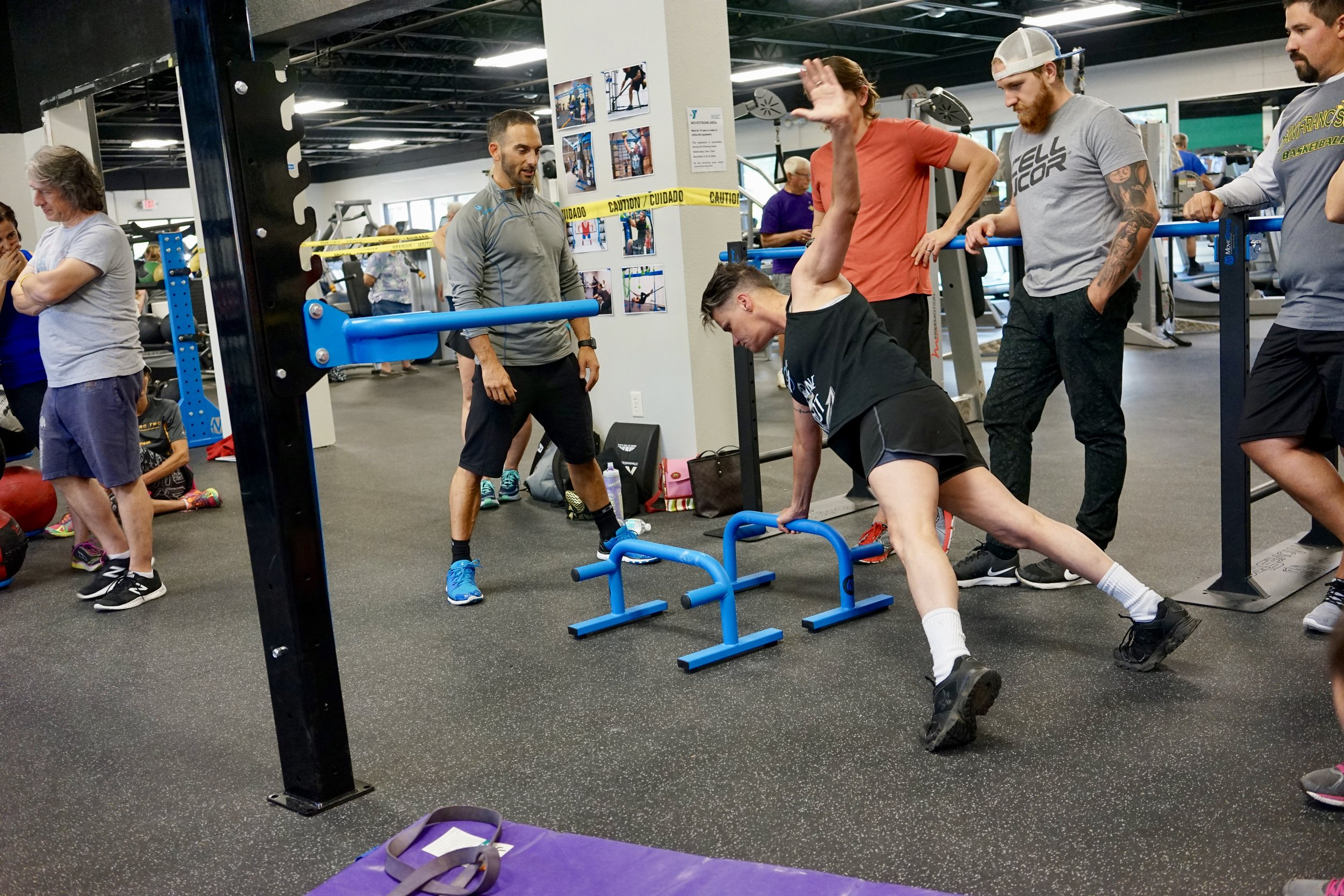 Parallettes push-up to T
