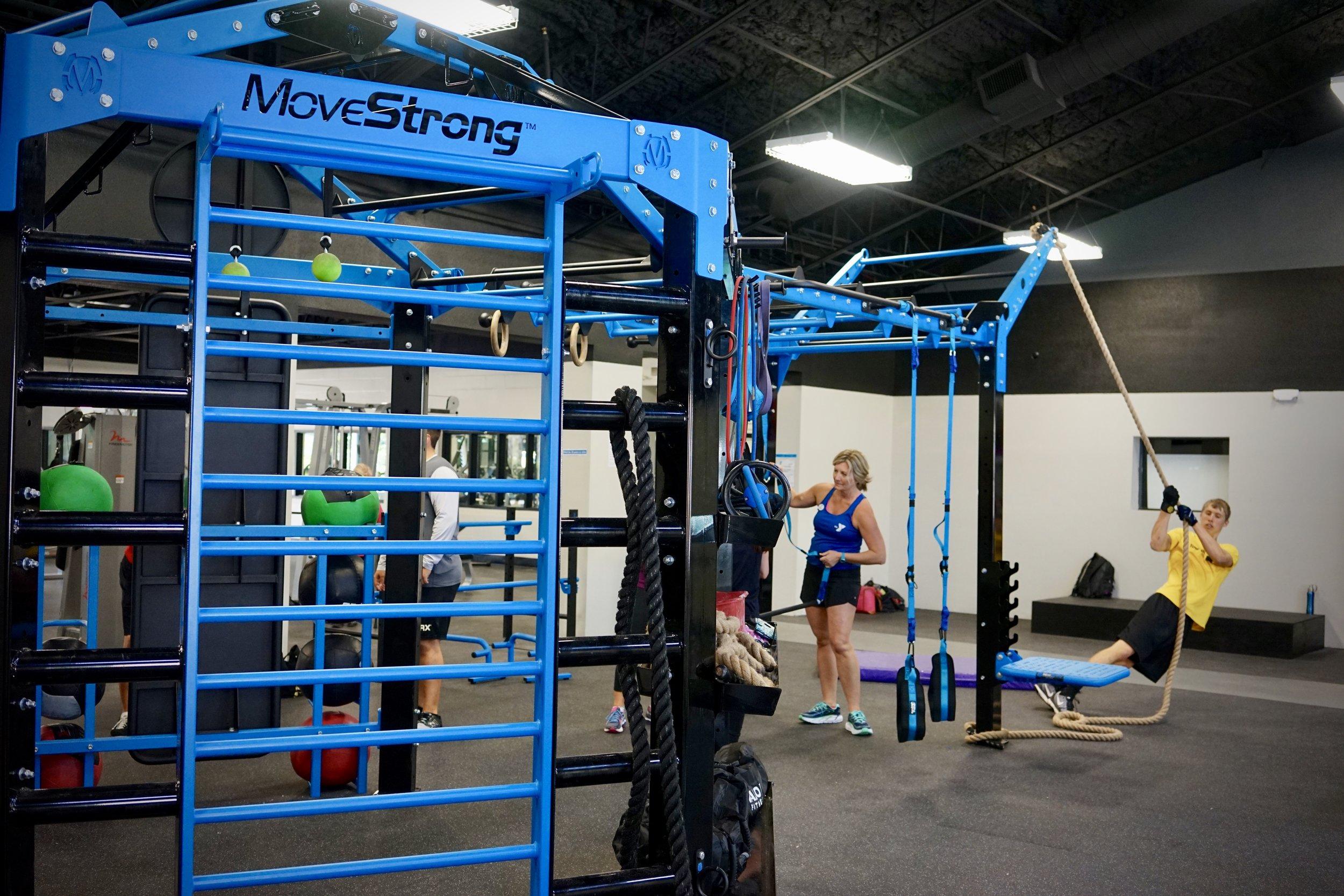 MoveStrong Nova FTS with Extended Monkey Bar Bridge