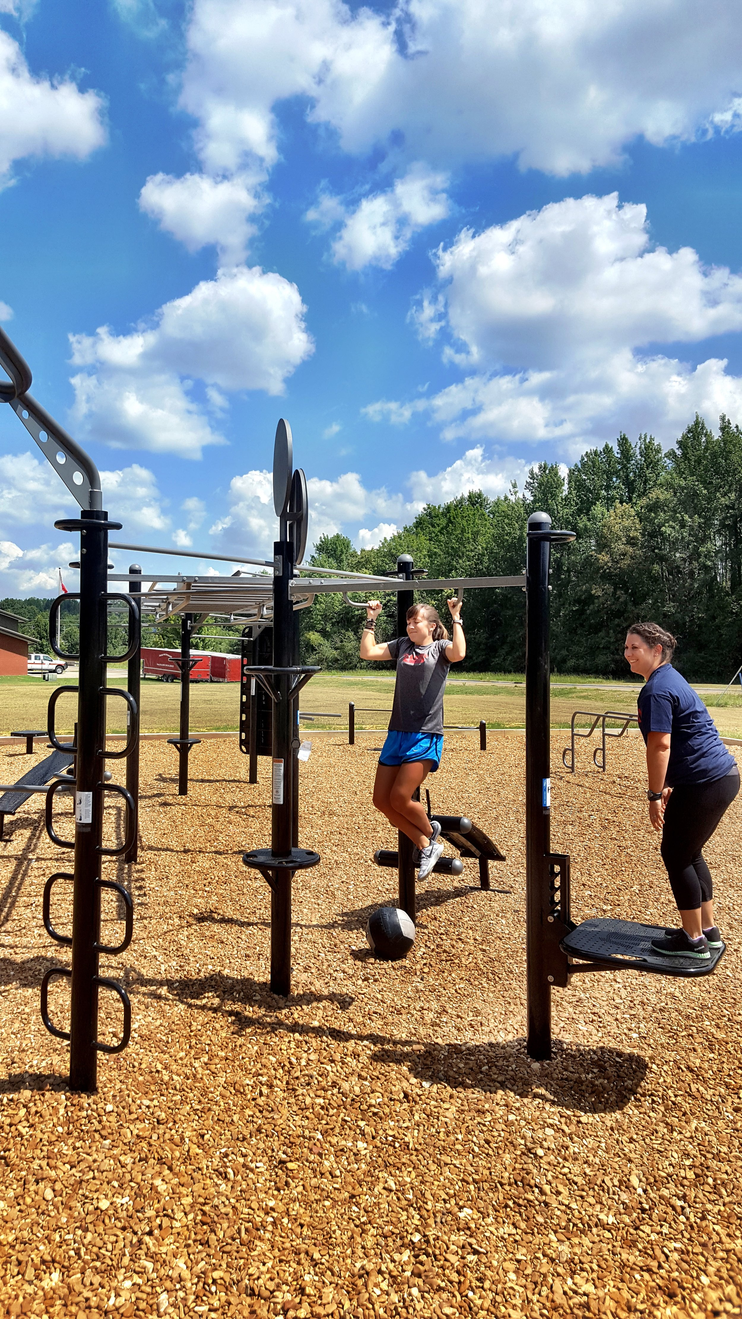 Group outdoor fitness workouts