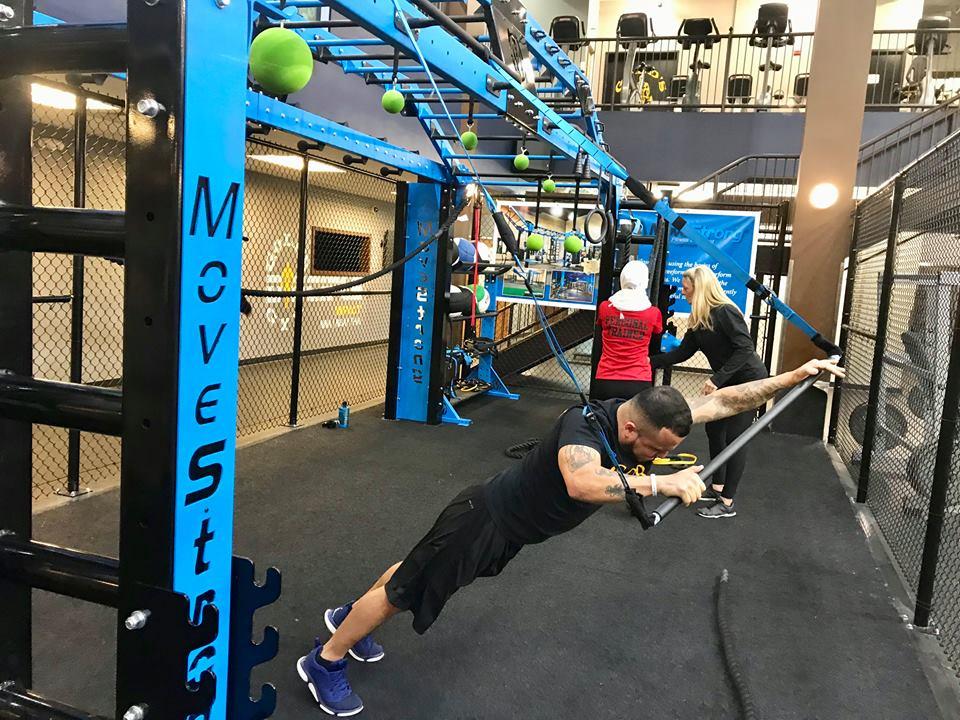 Suspension Bar plank reach