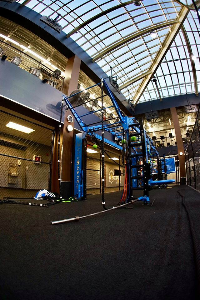 Golds Gym MoveStrong Functional Training area