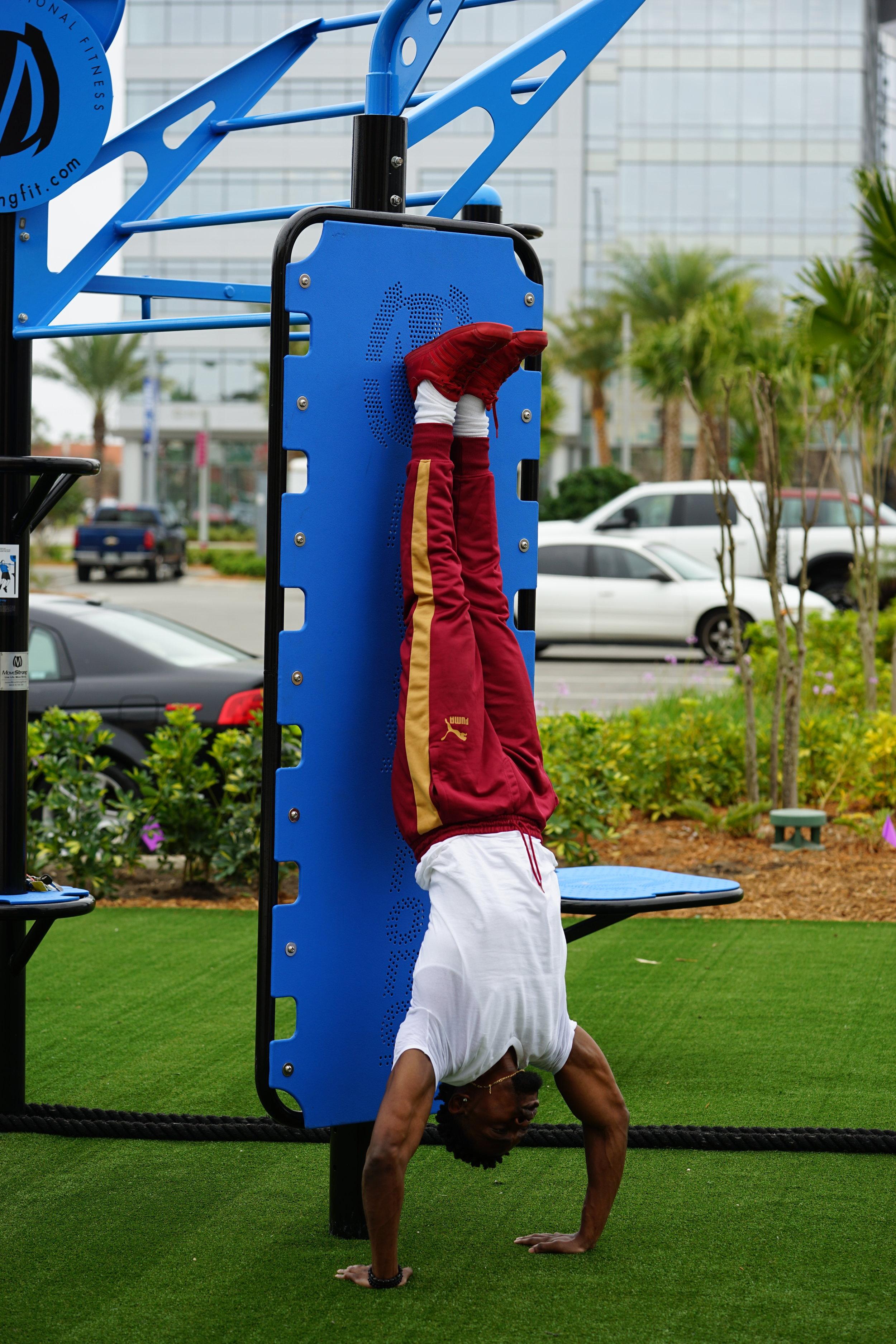 Handstand practice calisthenics