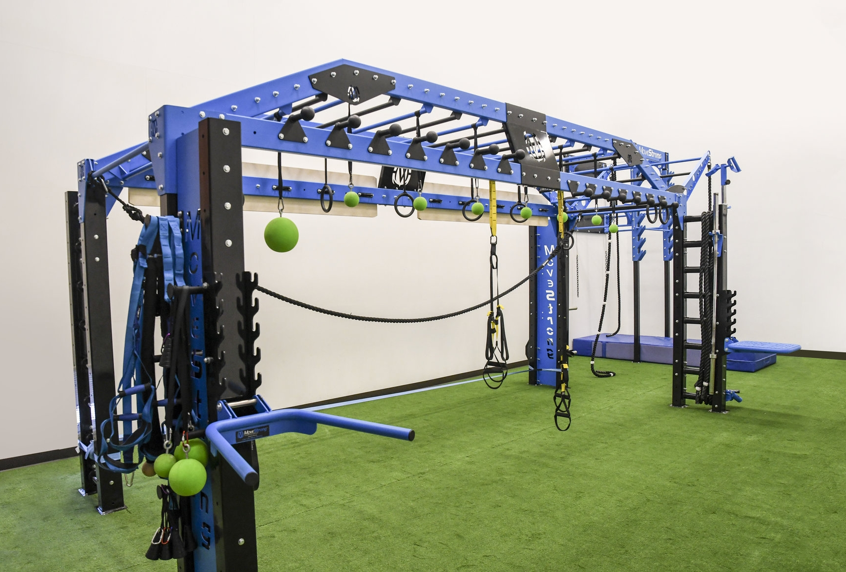 Nova XL Single Arch Monkey Bar Bridge