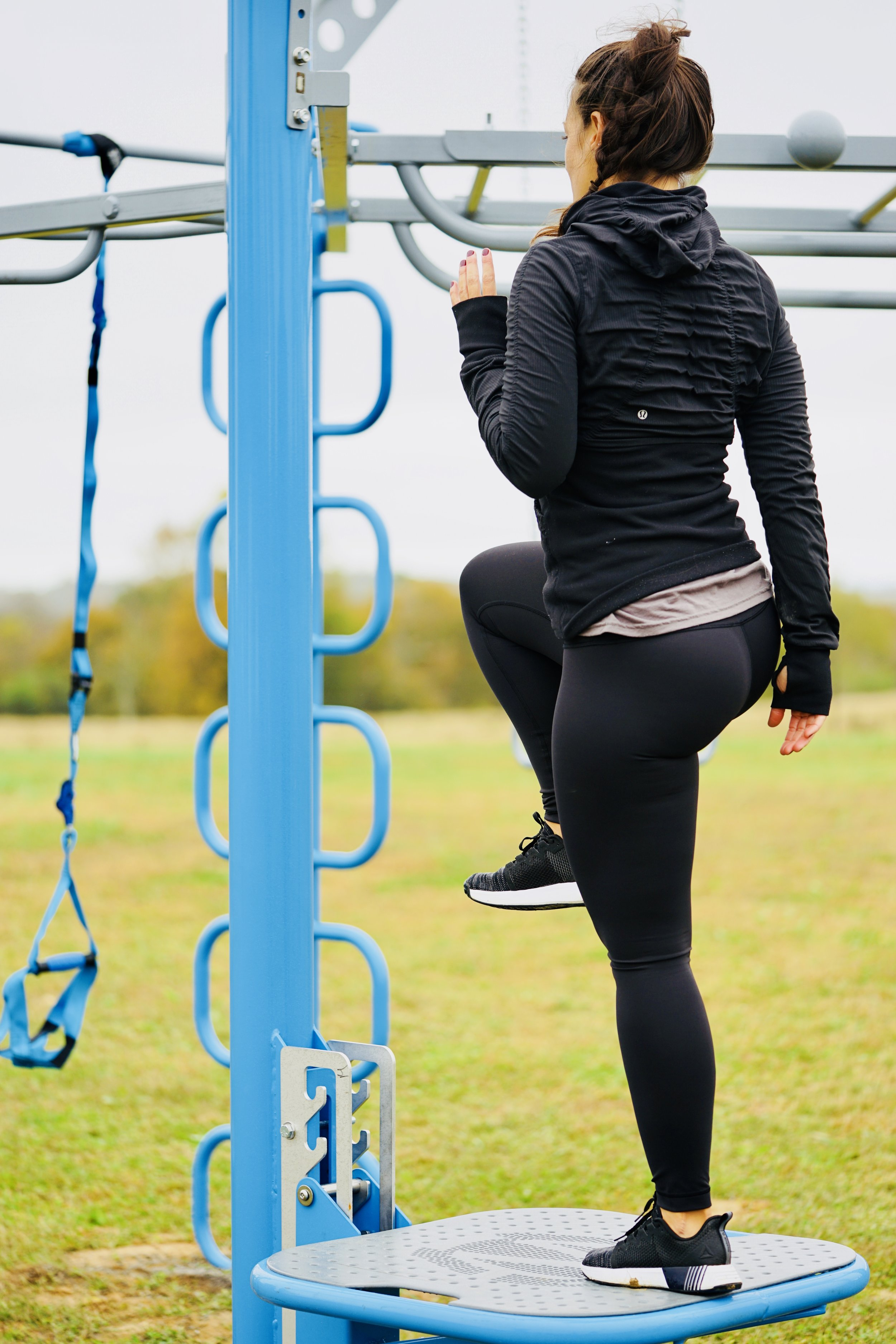 Step-up exercise outdoor fitness