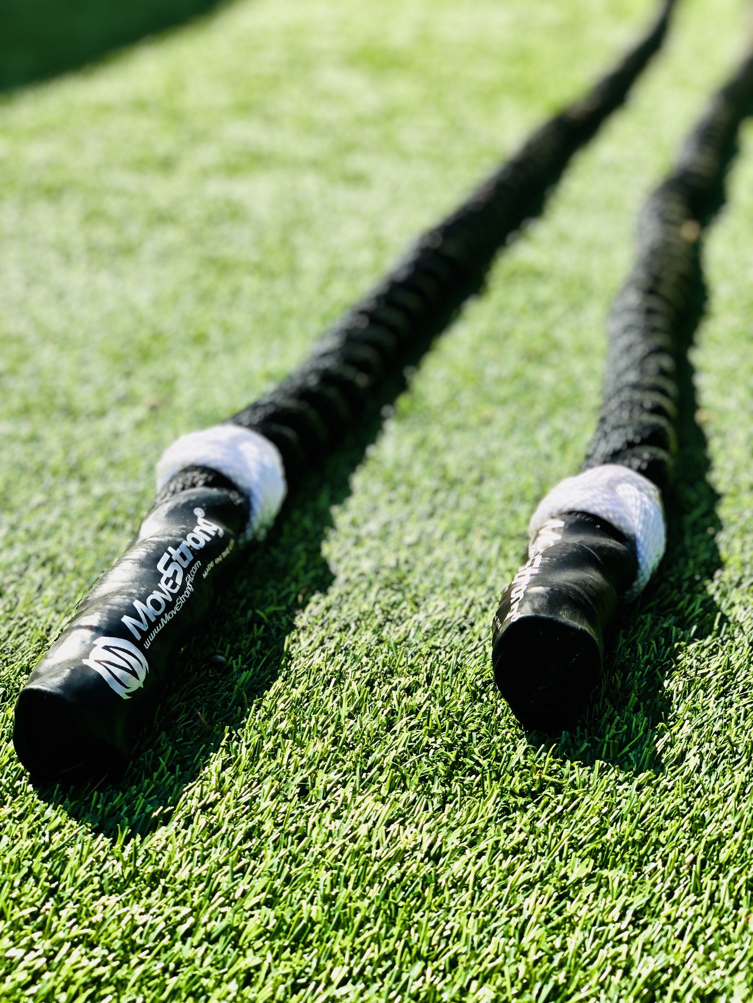 Outdoor fitness battle ropes