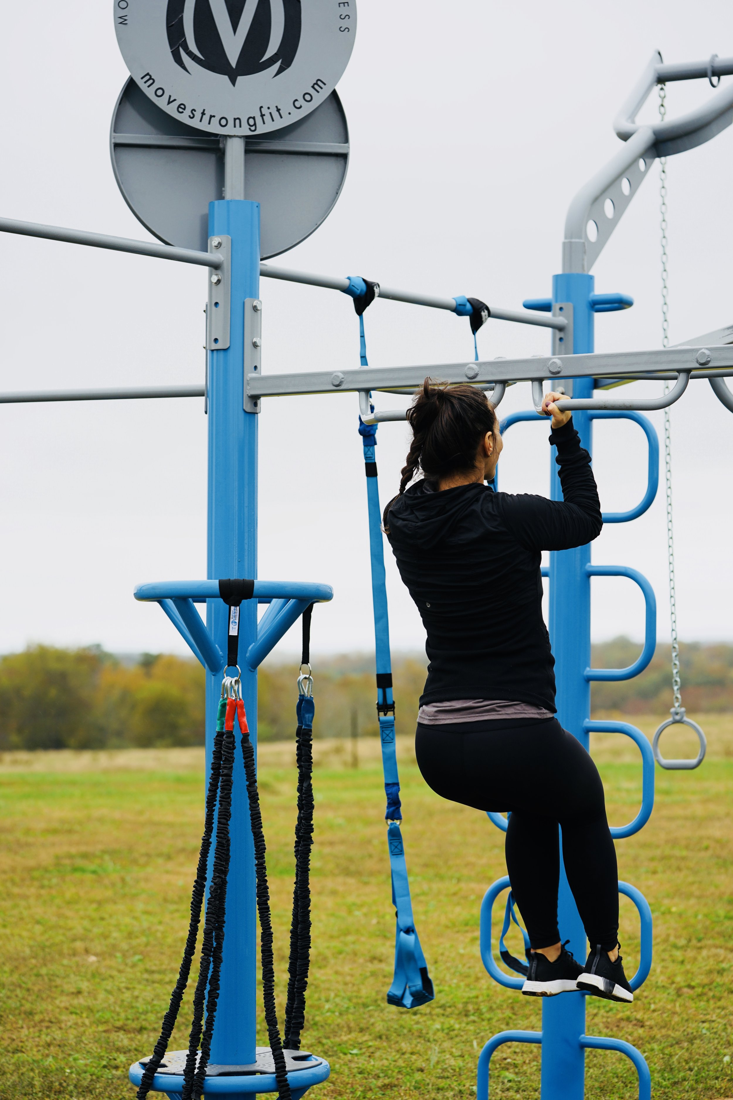 Outdoor fitness equipment pull-ups