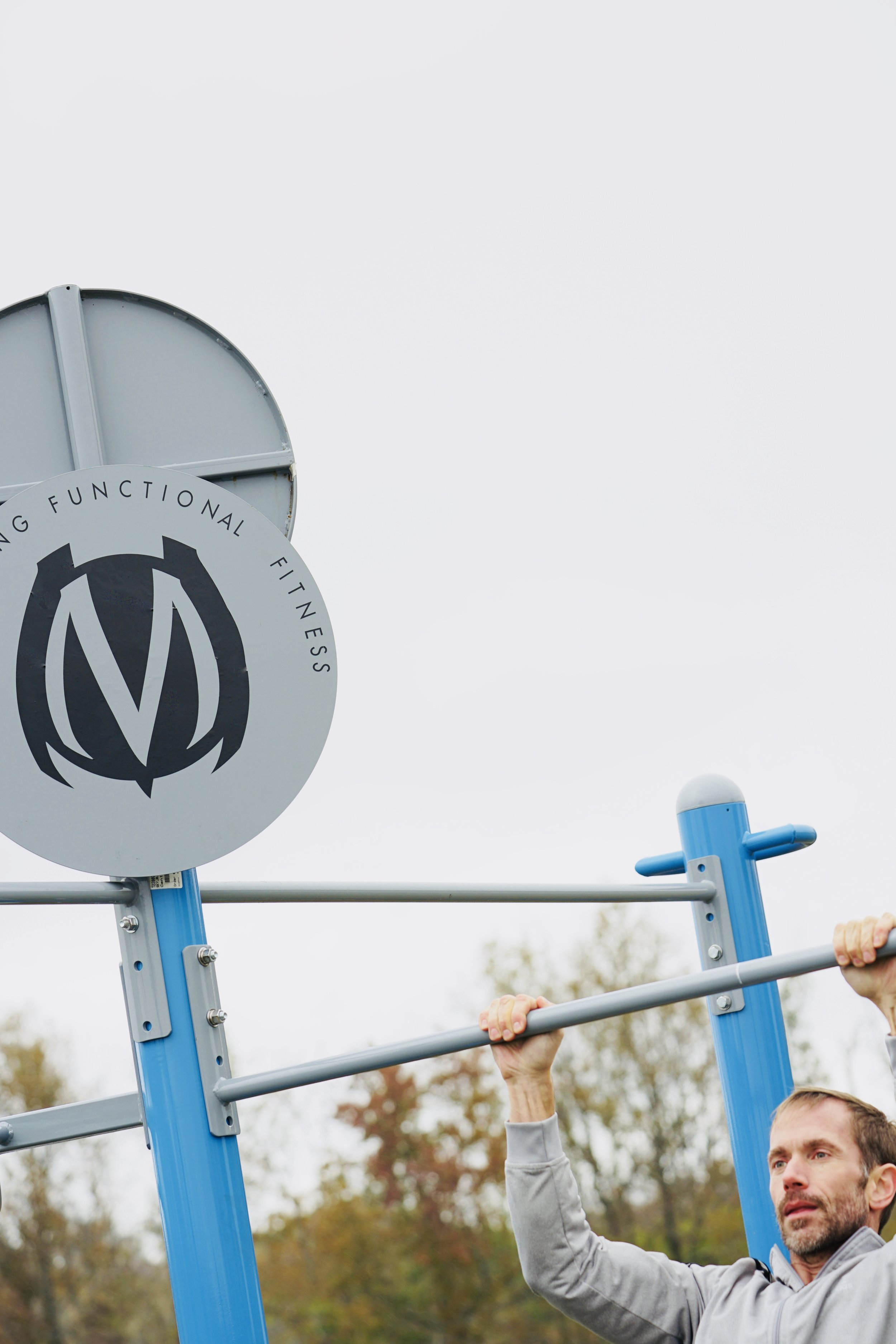 Outdoor Pull-up bar fitness equipment