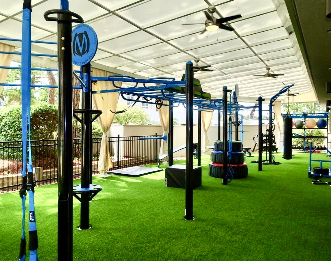 MoveStrong Outdoor Hotel Gym Design