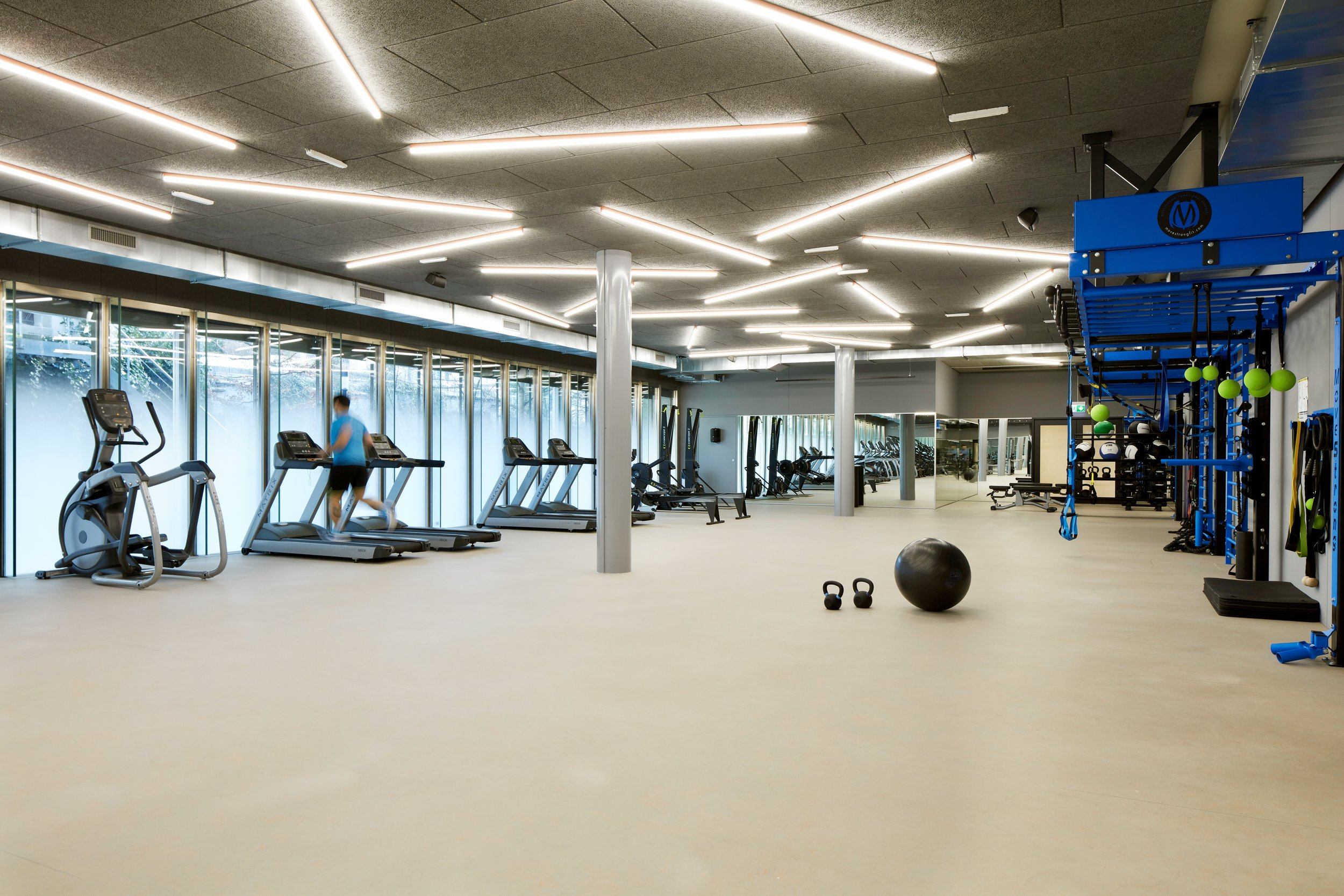 Open Floor Gym Design With MoveStrong Wall FTS