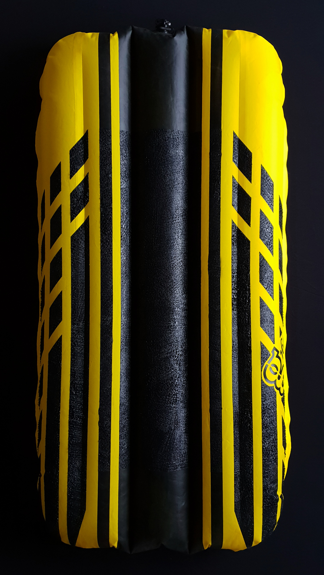 PATTERNED GRIP:  £20 GBP