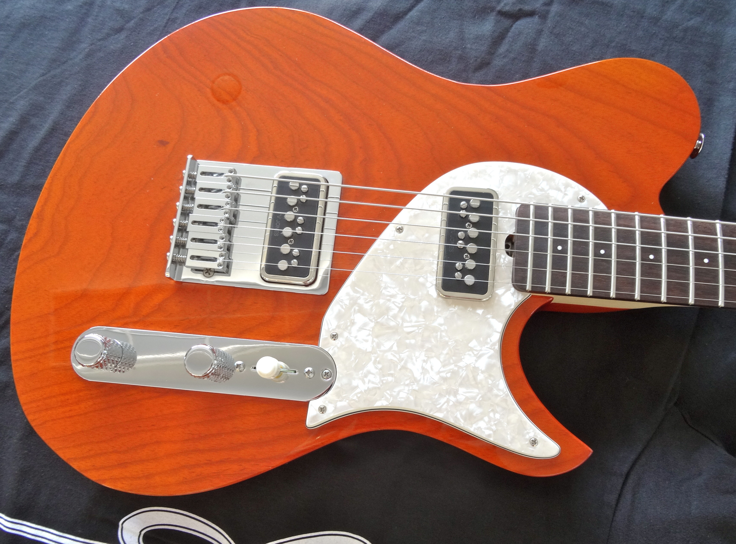 The TV Jones T-Armond single coil pickups are amazing on this guitar.