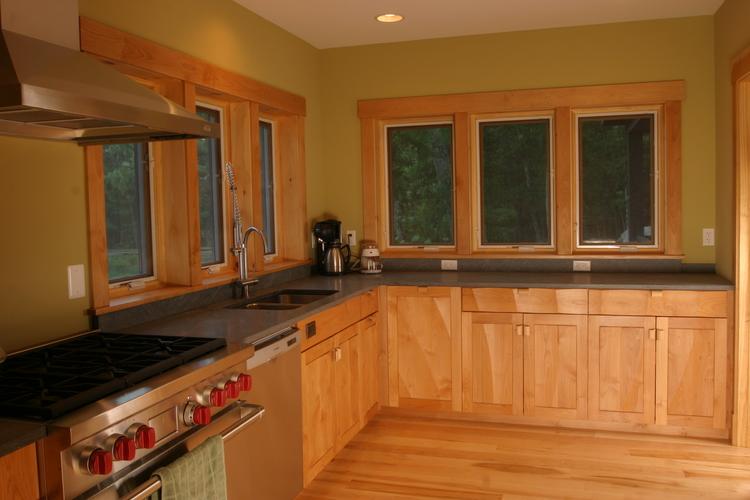 Carved+Panel+Kitchen+in+Red+Alder.jpg
