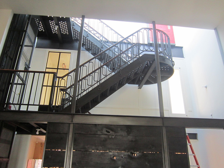 Soho+staircase+Iron,+Oak+and+Glass+4.jpg