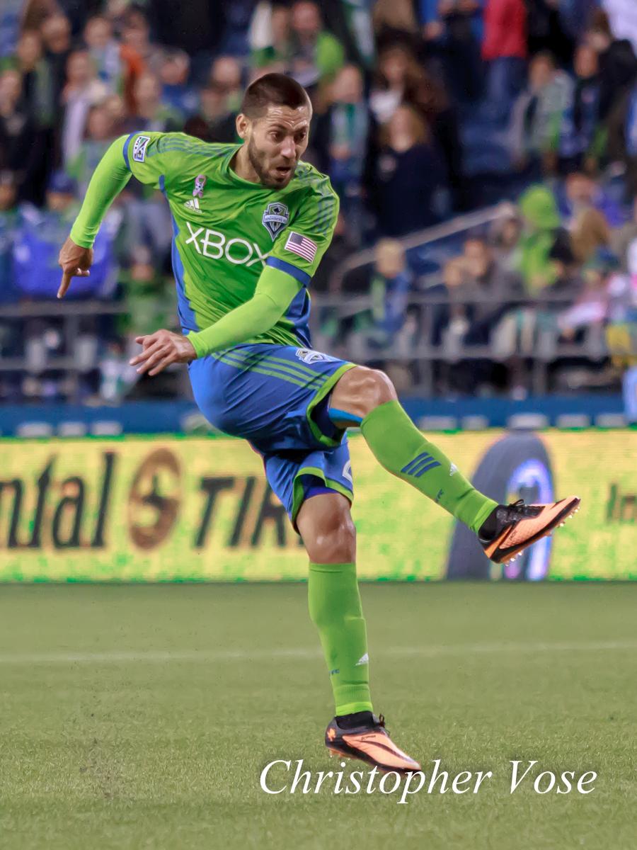 2013-10-09 Clint Dempsey.jpg