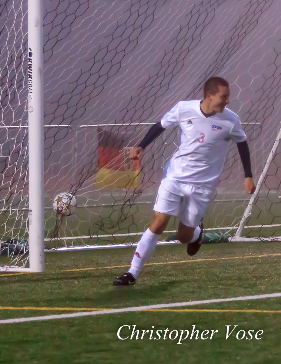 2012-10-11 Renan Rebelatto Goal Celebration.jpg
